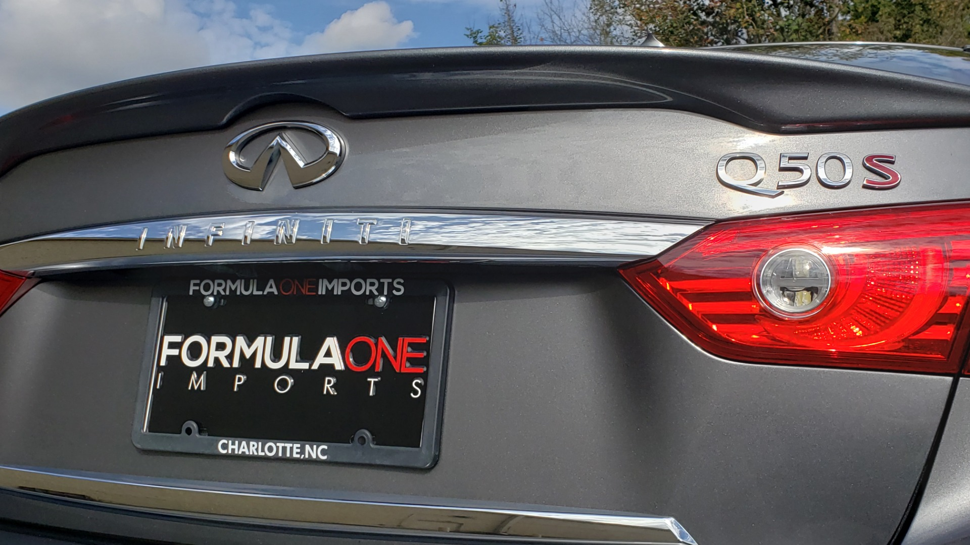 Used 2016 INFINITI Q50 3.0T RED SPORT 400 / NAV / PREM PLUS / BLIND SPOT / REARVIEW for sale $28,495 at Formula Imports in Charlotte NC 28227 30