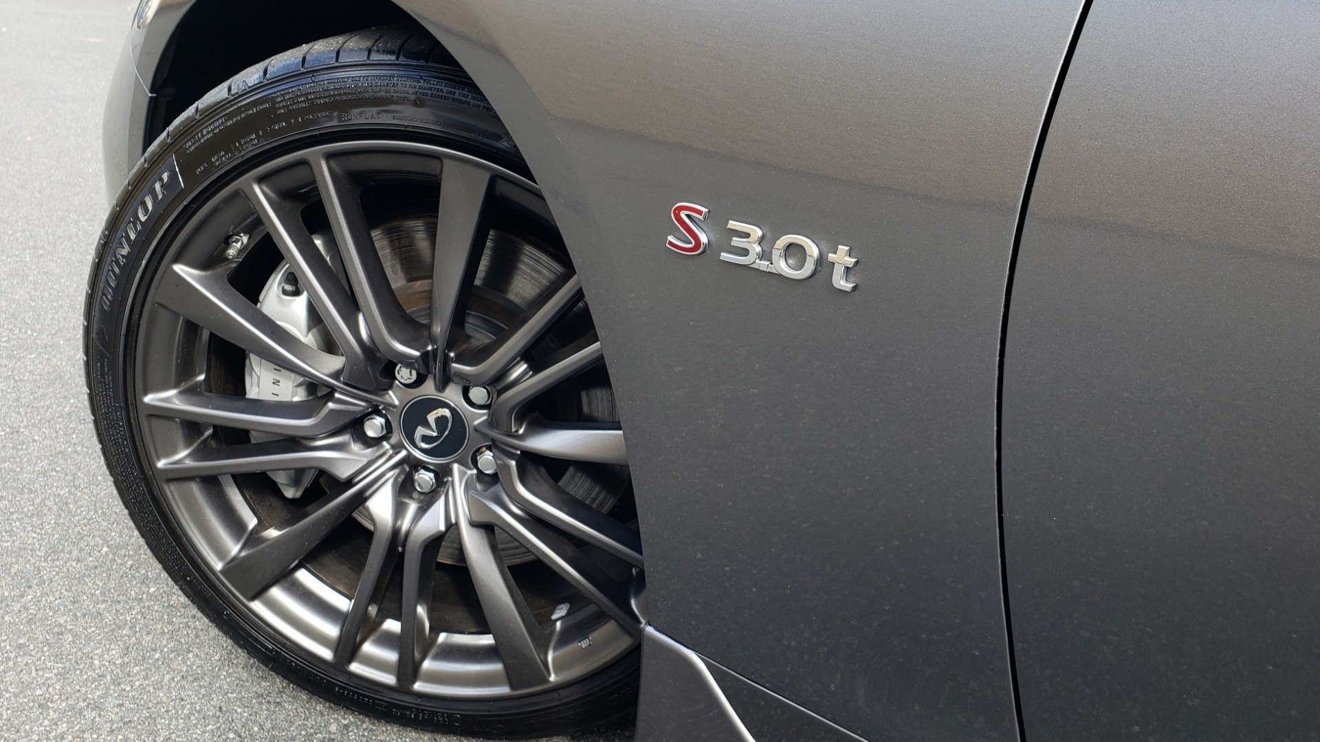 Used 2016 INFINITI Q50 3.0T RED SPORT 400 / NAV / PREM PLUS / BLIND SPOT / REARVIEW for sale $28,495 at Formula Imports in Charlotte NC 28227 88