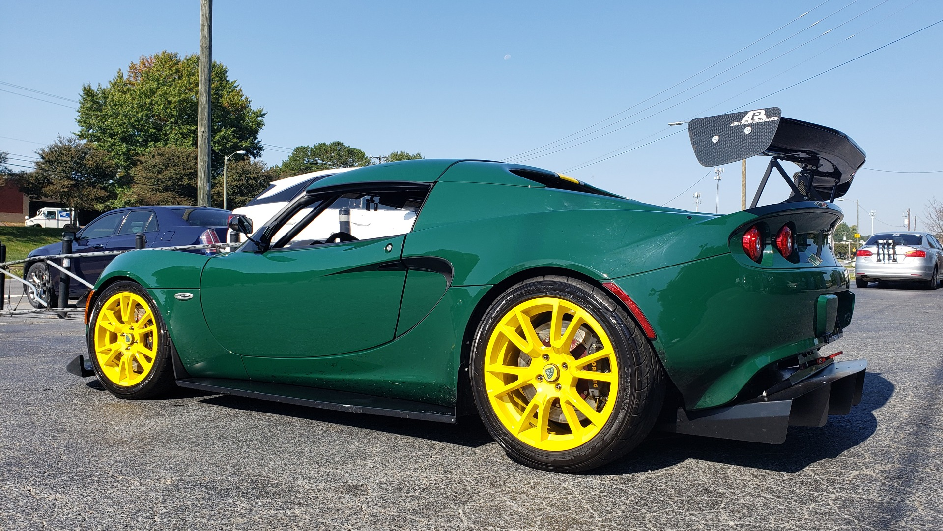 Used 2011 Lotus ELISE SC RACE CAR / UP TO DATE / READY TO RACE W/3-SETS WHEELS & TIRES for sale $51,999 at Formula Imports in Charlotte NC 28227 5