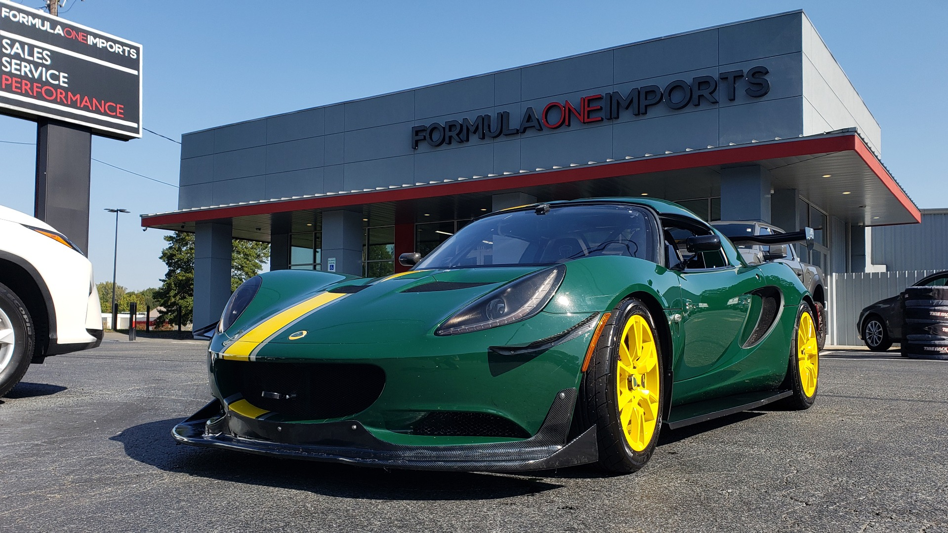 Used 2011 Lotus ELISE SC RACE CAR / UP TO DATE / READY TO RACE W/3-SETS WHEELS & TIRES for sale $51,999 at Formula Imports in Charlotte NC 28227 1
