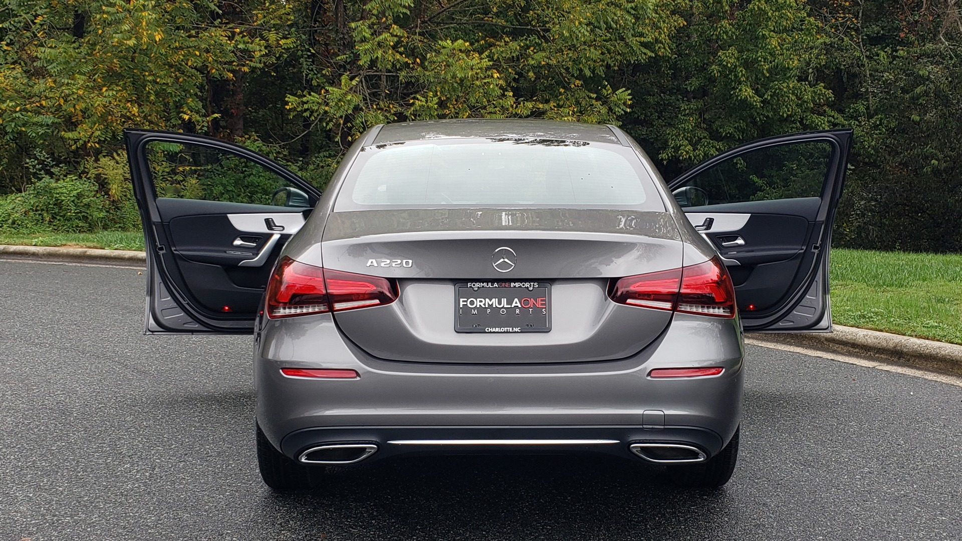 Used 2019 Mercedes-Benz A-CLASS A 220 SEDAN / PREMIUM PKG / SUNROOF / BSA / REARVIEW for sale Sold at Formula Imports in Charlotte NC 28227 28