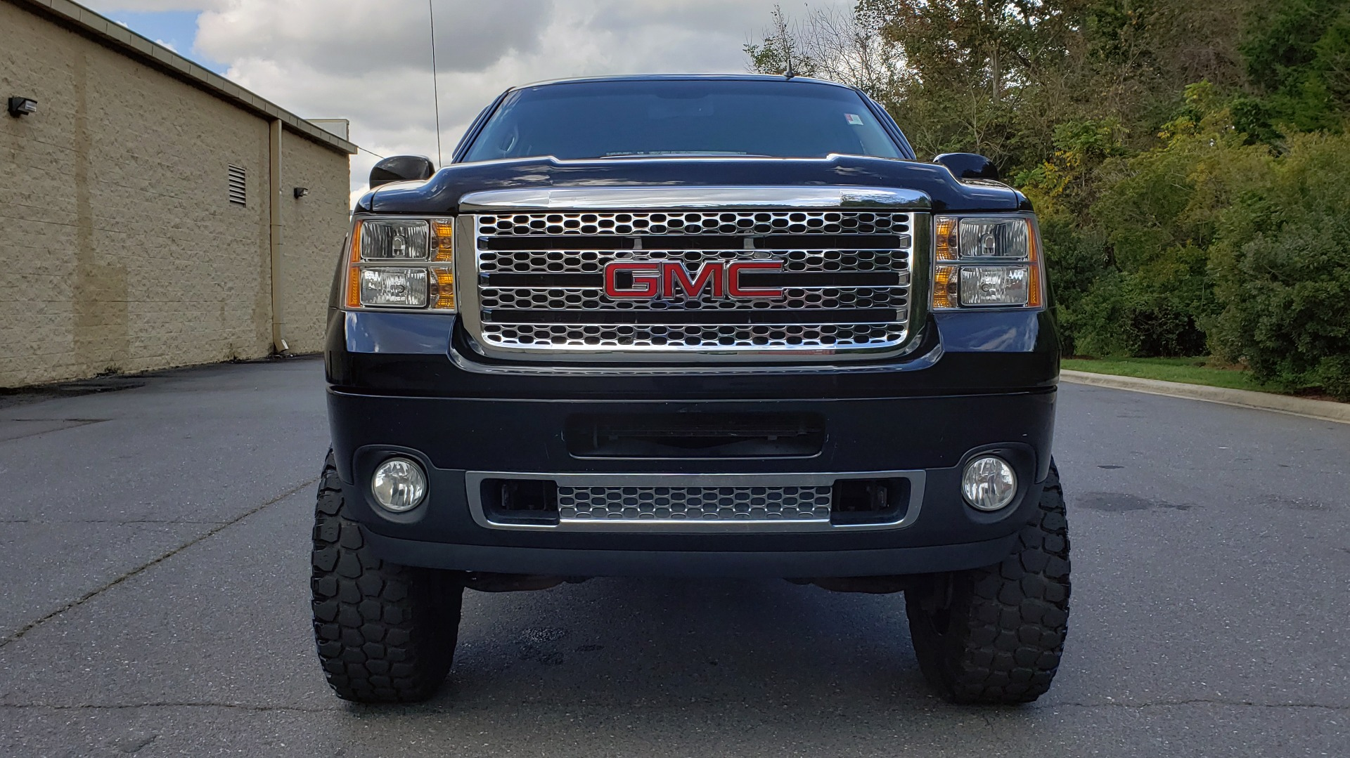 Used 2012 GMC SIERRA 2500HD DENALI CREWCAB 4X4 / LIFTED / BIG TIRES / REARVIEW for sale Sold at Formula Imports in Charlotte NC 28227 30