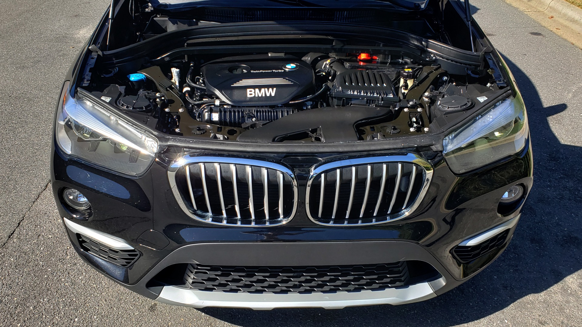 Used 2018 BMW X1 SDRIVE28I / HEATED SEATS / 4-CYL / 8-SPD AUTO / REARVIEW for sale Sold at Formula Imports in Charlotte NC 28227 12