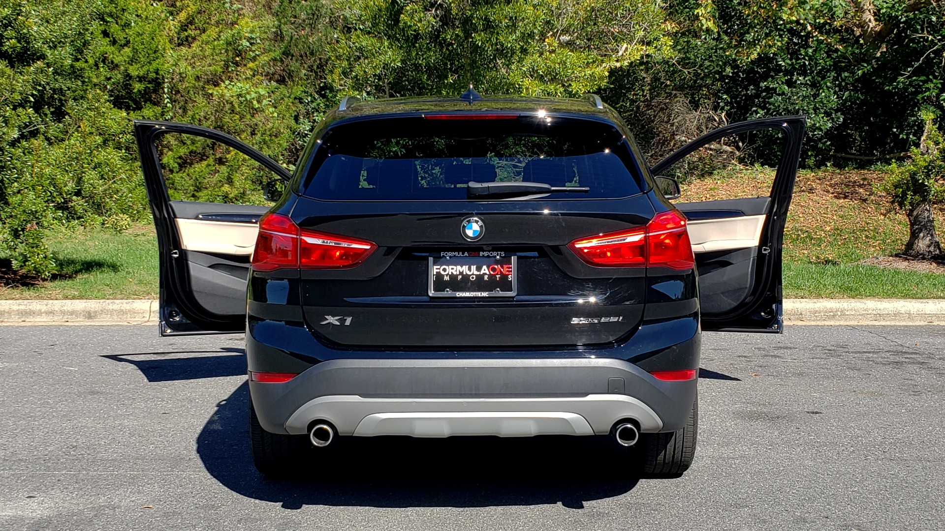 Used 2018 BMW X1 SDRIVE28I / HEATED SEATS / 4-CYL / 8-SPD AUTO / REARVIEW for sale Sold at Formula Imports in Charlotte NC 28227 28