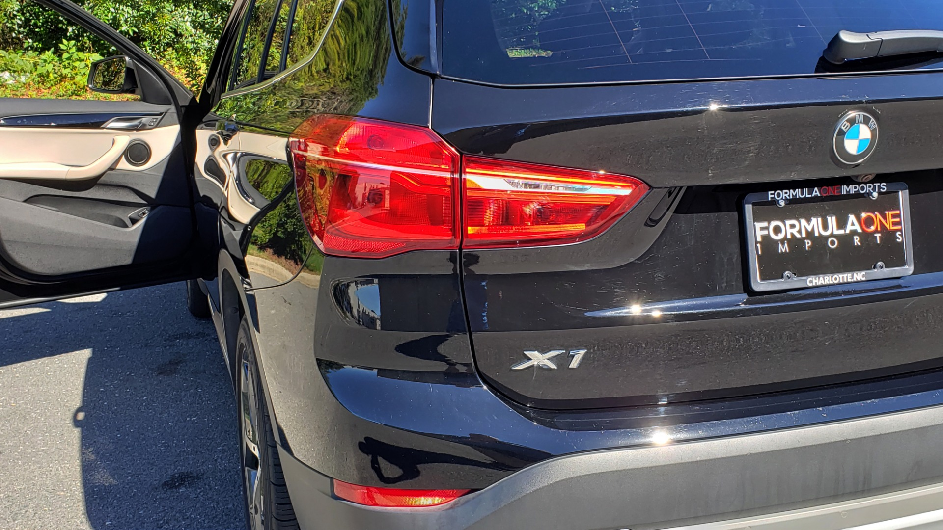 Used 2018 BMW X1 SDRIVE28I / HEATED SEATS / 4-CYL / 8-SPD AUTO / REARVIEW for sale Sold at Formula Imports in Charlotte NC 28227 29
