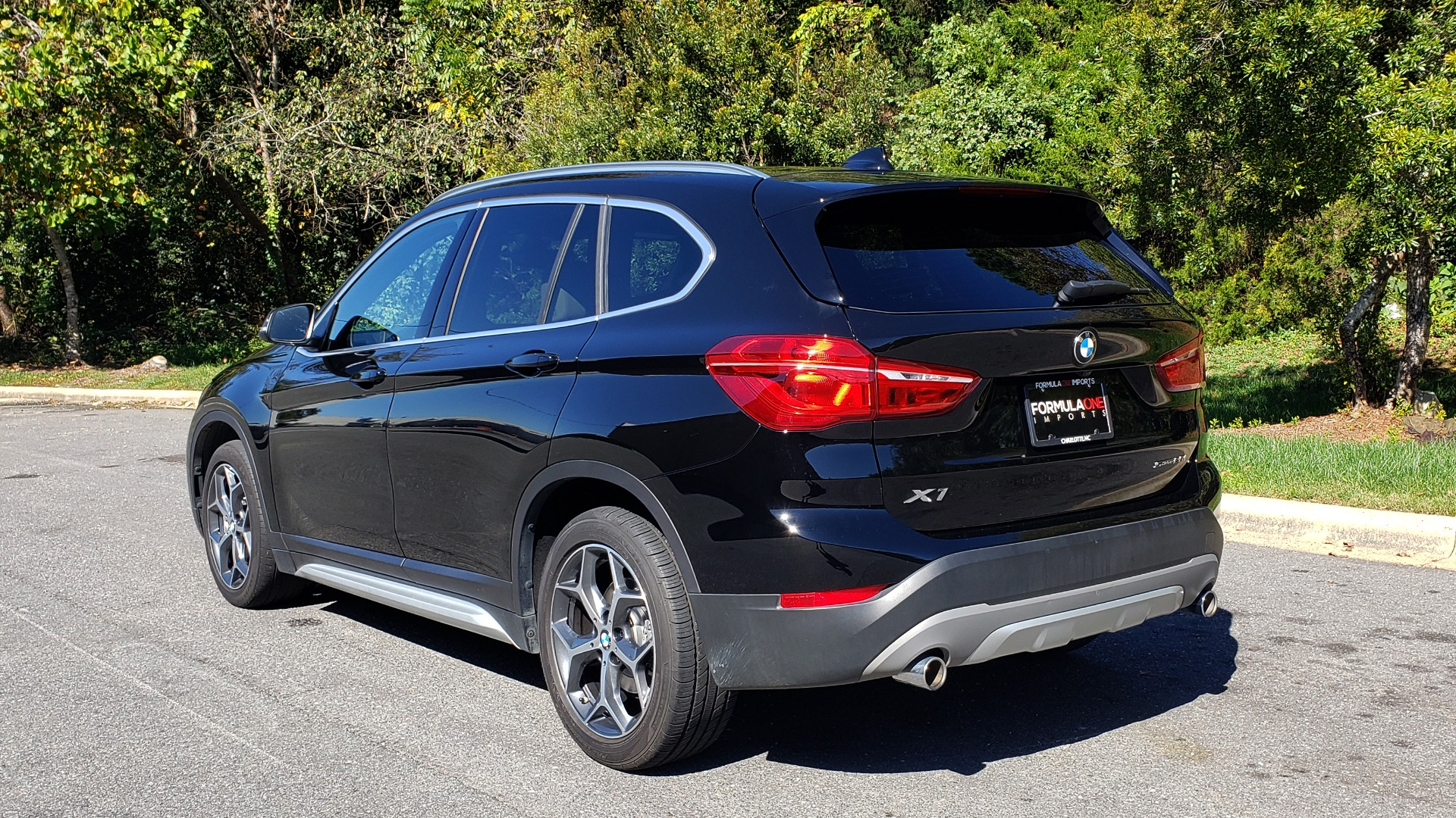 Used 2018 BMW X1 SDRIVE28I / HEATED SEATS / 4-CYL / 8-SPD AUTO / REARVIEW for sale Sold at Formula Imports in Charlotte NC 28227 3