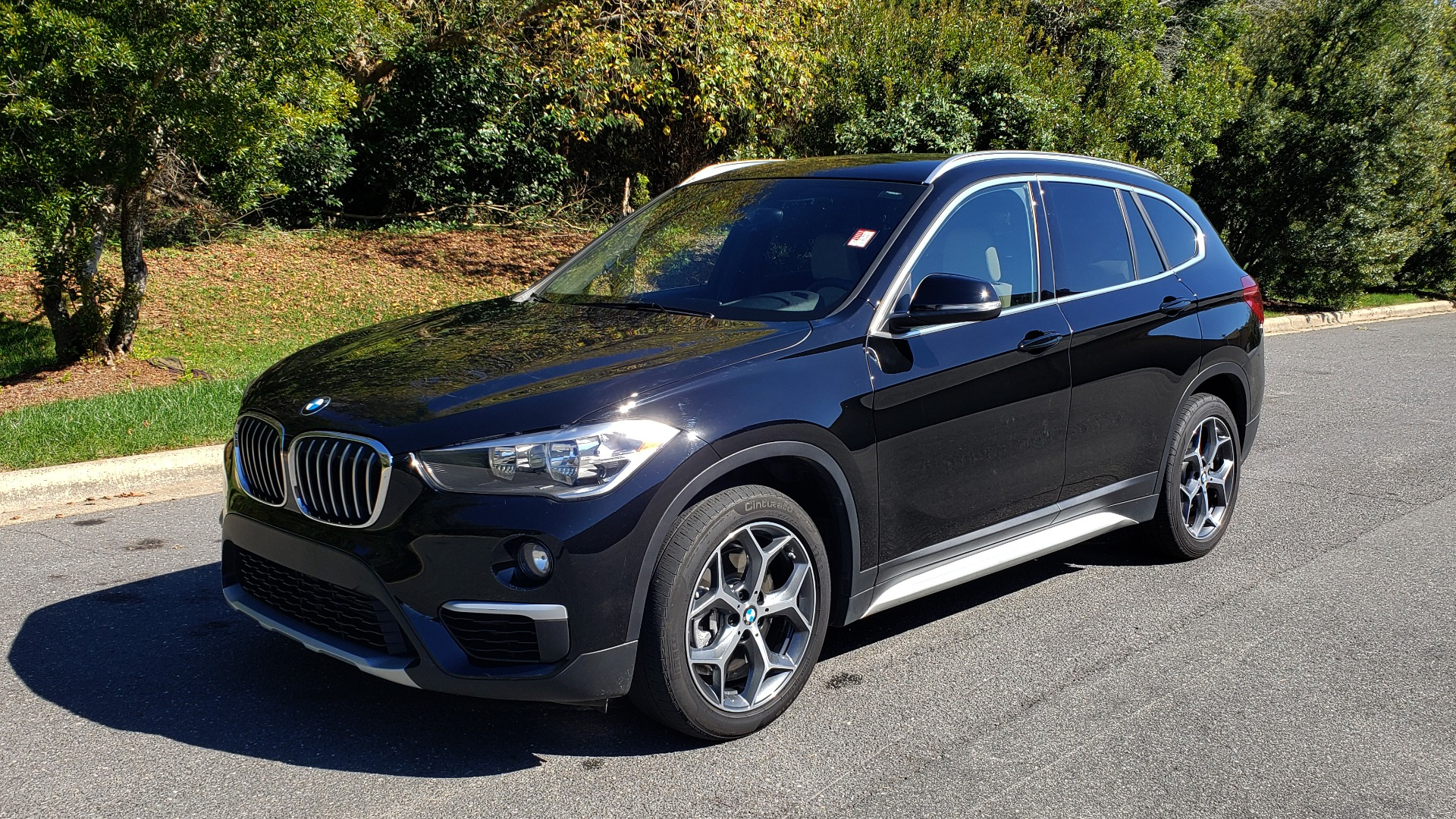 Used 2018 BMW X1 SDRIVE28I / HEATED SEATS / 4-CYL / 8-SPD AUTO / REARVIEW for sale Sold at Formula Imports in Charlotte NC 28227 6