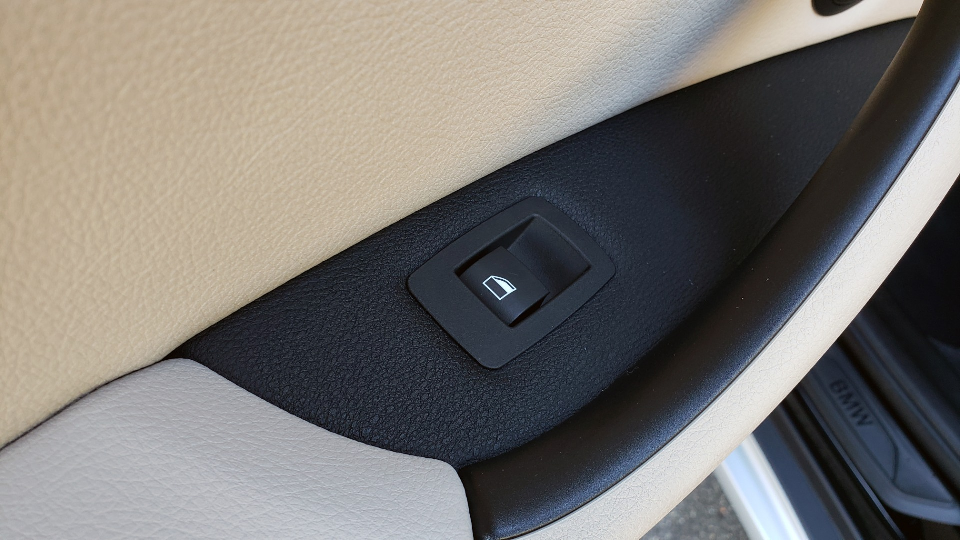 Used 2018 BMW X1 SDRIVE28I / HEATED SEATS / 4-CYL / 8-SPD AUTO / REARVIEW for sale Sold at Formula Imports in Charlotte NC 28227 62