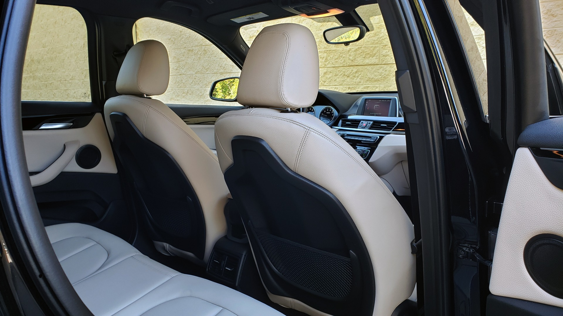Used 2018 BMW X1 SDRIVE28I / HEATED SEATS / 4-CYL / 8-SPD AUTO / REARVIEW for sale Sold at Formula Imports in Charlotte NC 28227 79