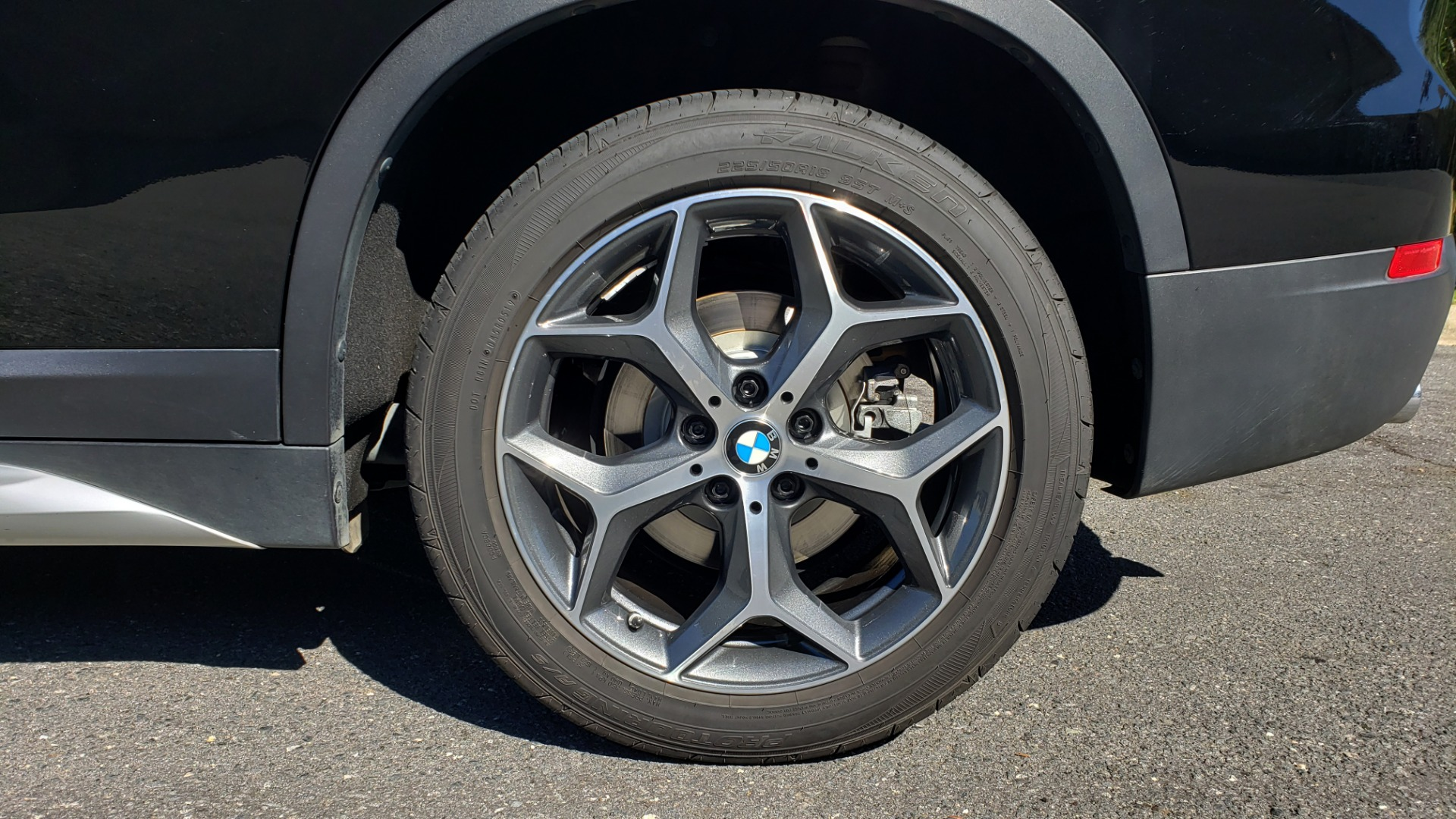 Used 2018 BMW X1 SDRIVE28I / HEATED SEATS / 4-CYL / 8-SPD AUTO / REARVIEW for sale Sold at Formula Imports in Charlotte NC 28227 84