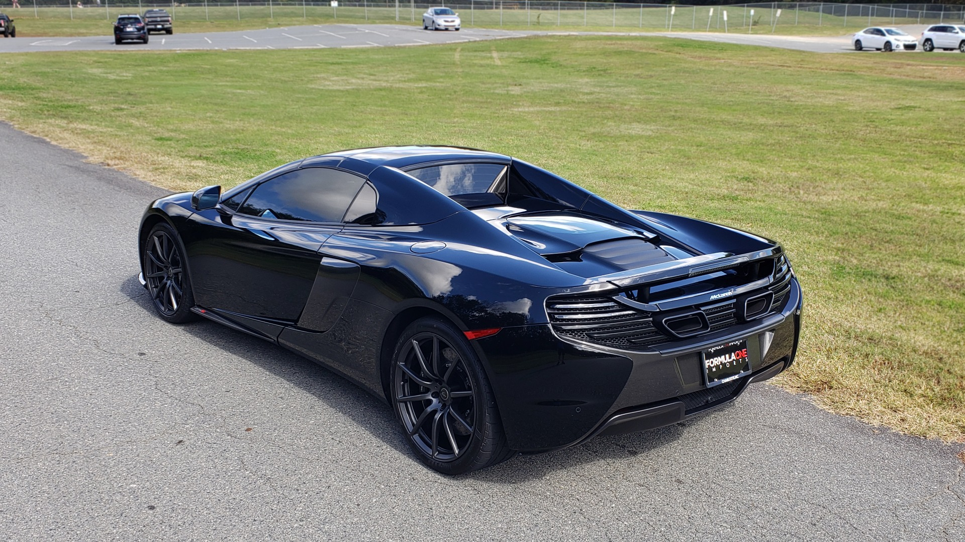 Used 2016 McLaren 650S SPIDER / 641HP / PARK SENSORS / LOW MILES / 1-OWNER for sale Sold at Formula Imports in Charlotte NC 28227 8
