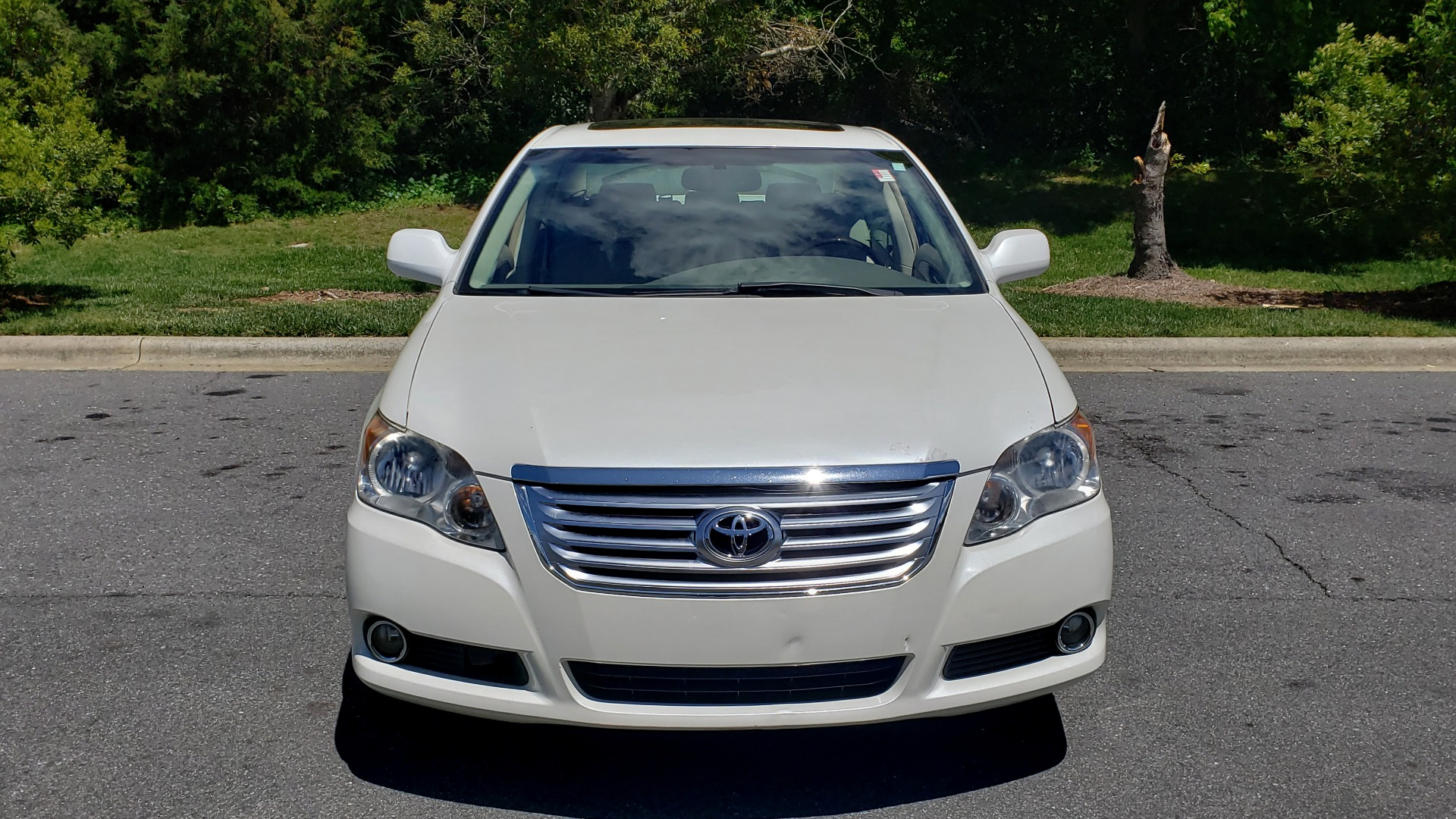 Used 2008 Toyota AVALON LIMITED V6 / FWD / SUNROOF / DYN RADAR CRUISE / BRAKE ASST for sale Sold at Formula Imports in Charlotte NC 28227 16