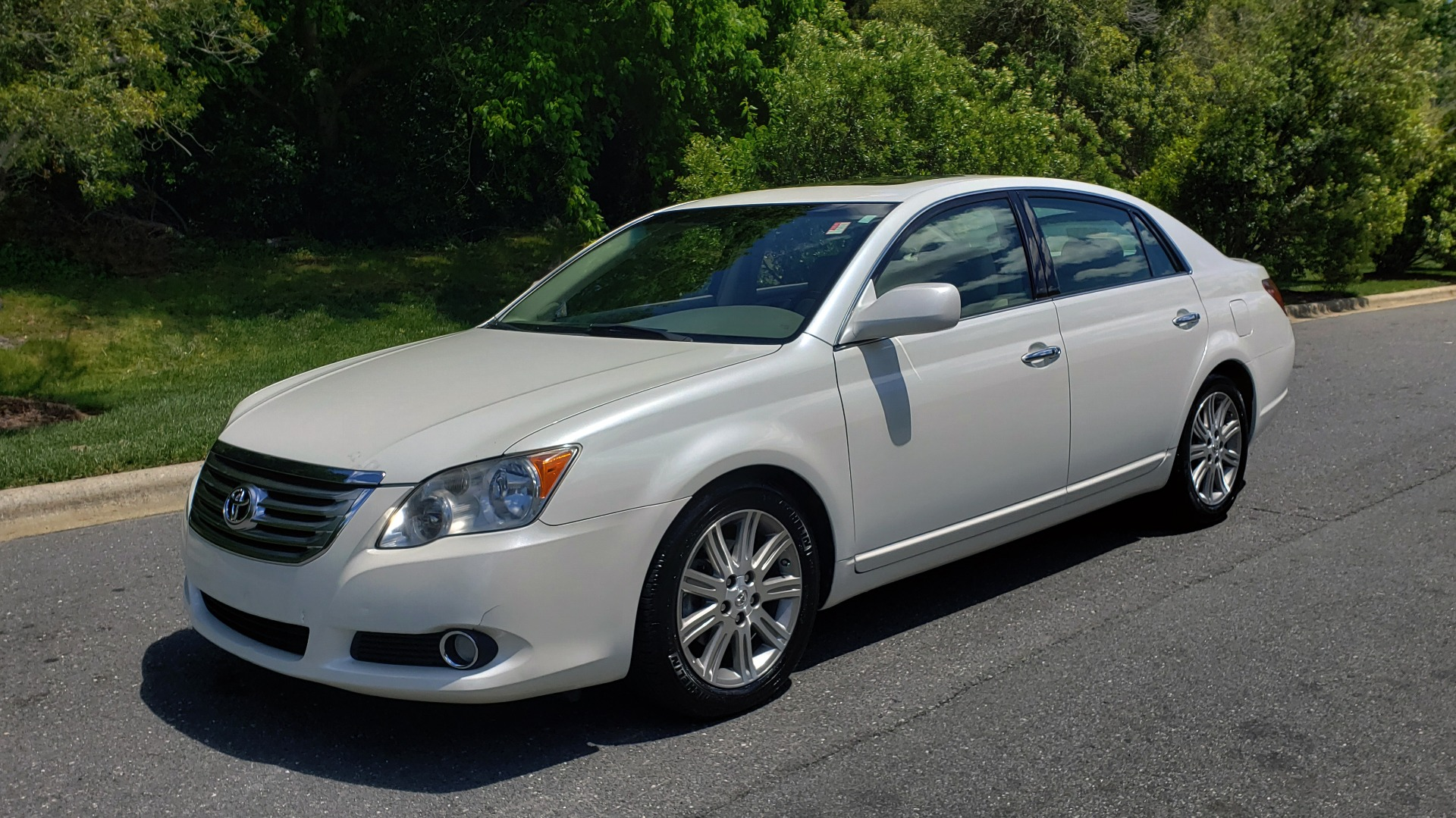 Used 2008 Toyota AVALON LIMITED V6 / FWD / SUNROOF / DYN RADAR CRUISE / BRAKE ASST for sale Sold at Formula Imports in Charlotte NC 28227 1