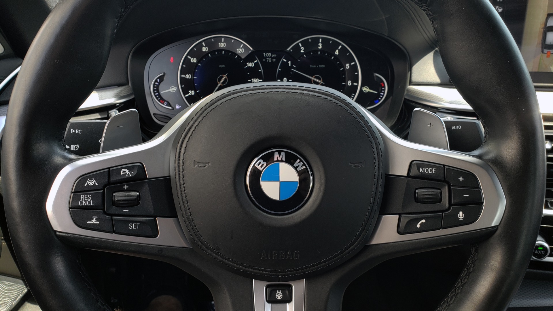 Used 2017 BMW 5 SERIES 540I XDRIVE M-SPORT / PREMIUM / DRVR ASST PLUS / CLD WTHR / LUXURY for sale Sold at Formula Imports in Charlotte NC 28227 20