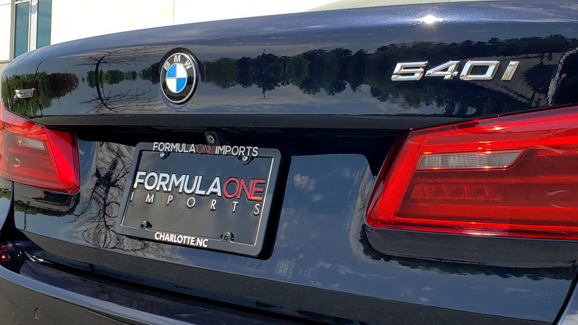 Used 2017 BMW 5 SERIES 540I XDRIVE M-SPORT / PREMIUM / DRVR ASST PLUS / CLD WTHR / LUXURY for sale Sold at Formula Imports in Charlotte NC 28227 32