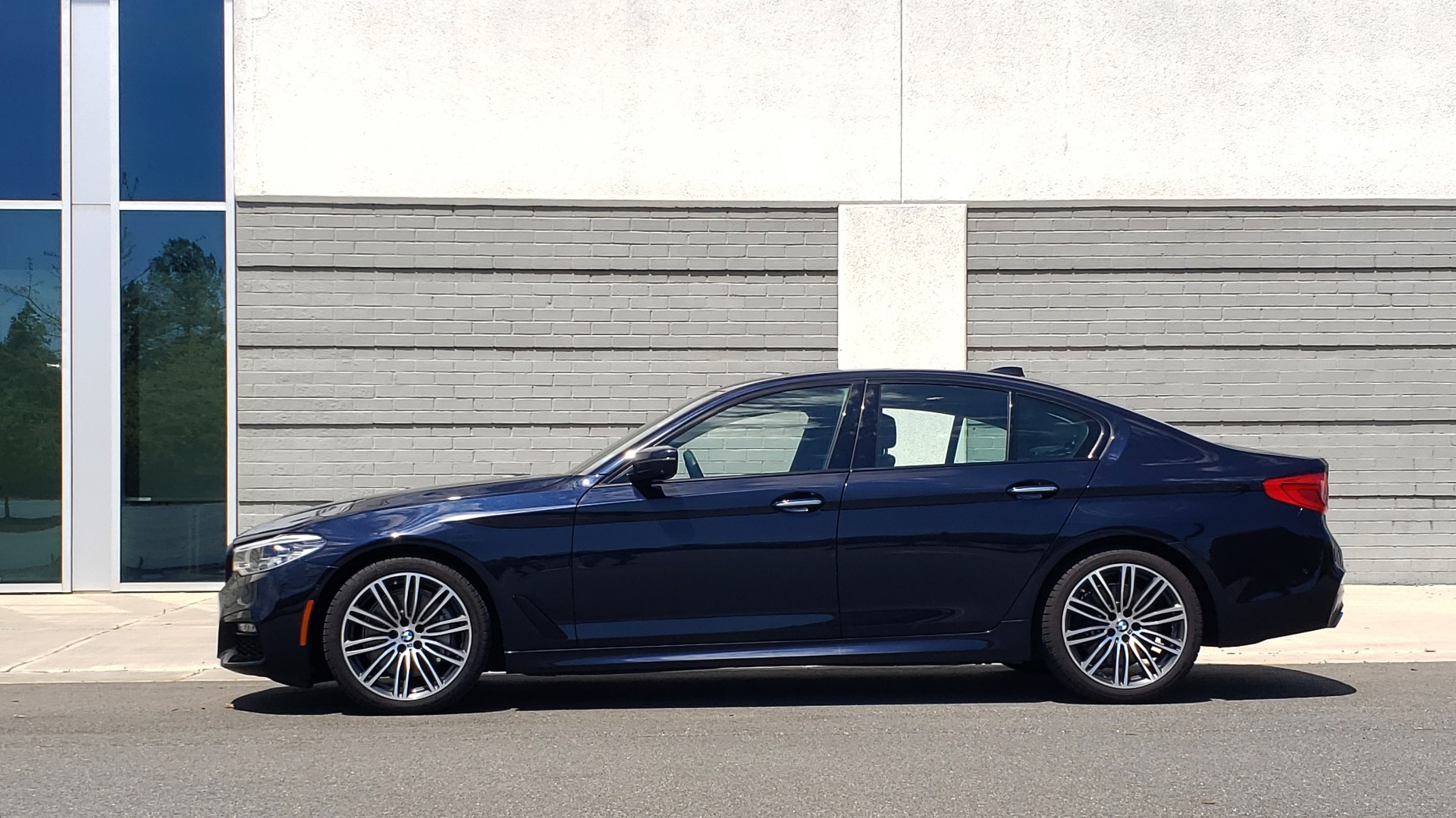 Used 2017 BMW 5 SERIES 540I XDRIVE M-SPORT / PREMIUM / DRVR ASST PLUS / CLD WTHR / LUXURY for sale Sold at Formula Imports in Charlotte NC 28227 7