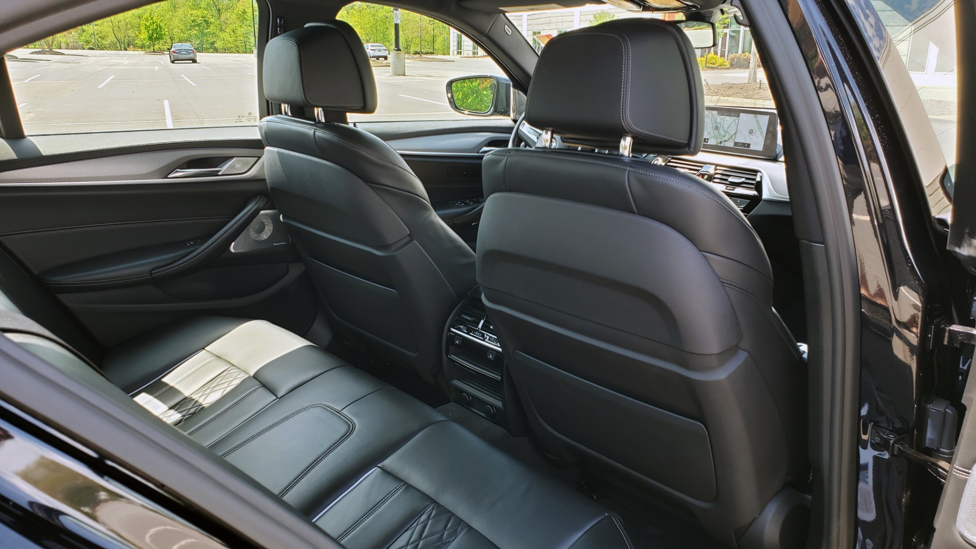 Used 2017 BMW 5 SERIES 540I XDRIVE M-SPORT / PREMIUM / DRVR ASST PLUS / CLD WTHR / LUXURY for sale Sold at Formula Imports in Charlotte NC 28227 74