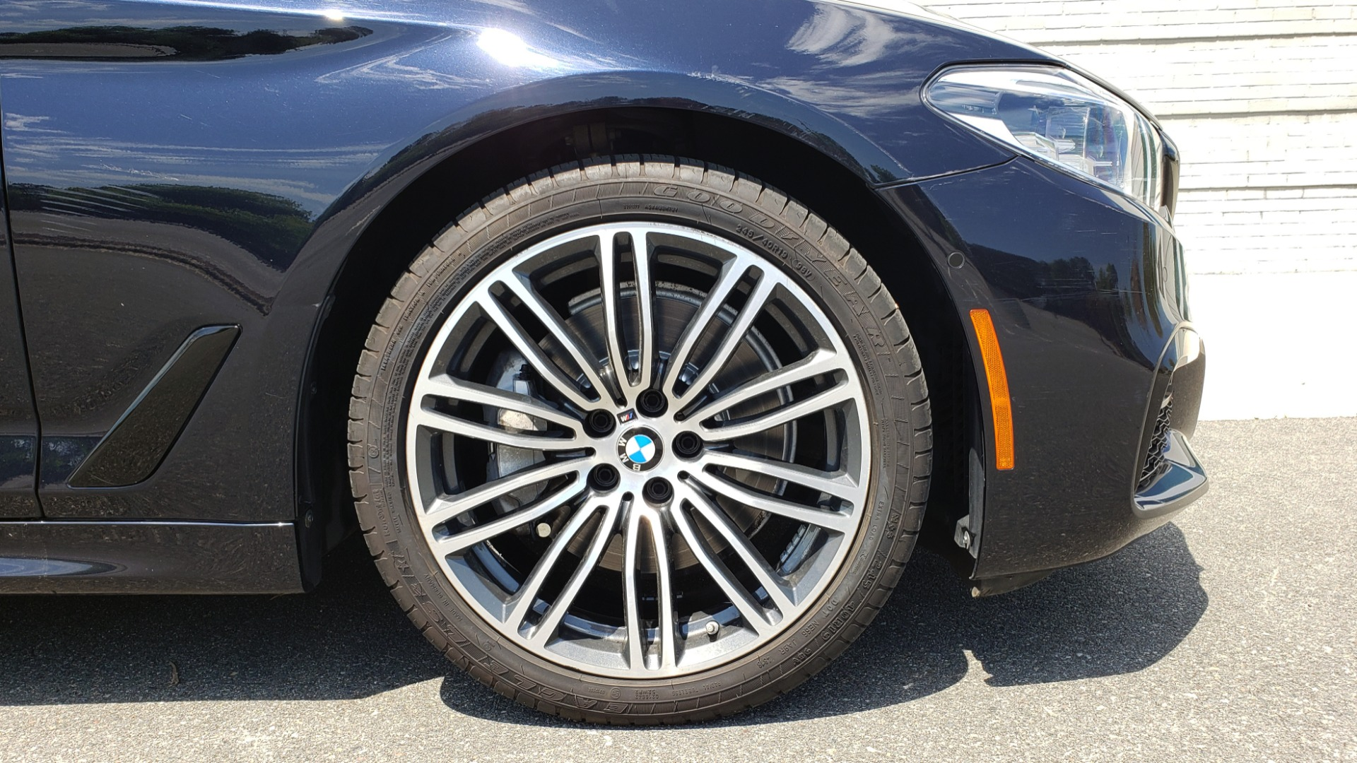Used 2017 BMW 5 SERIES 540I XDRIVE M-SPORT / PREMIUM / DRVR ASST PLUS / CLD WTHR / LUXURY for sale Sold at Formula Imports in Charlotte NC 28227 80