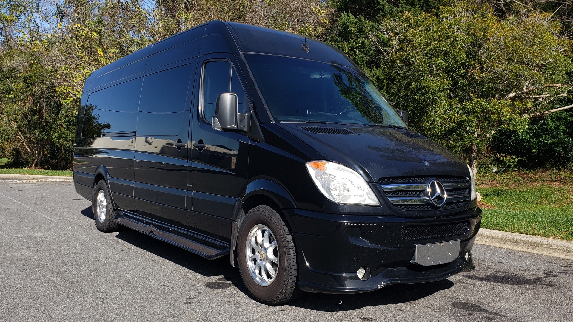 Used 2013 Mercedes-Benz SPRINTER CARGO VAN EXT / OFFICE ON WHEELS / FLT SCREEN TV / LOUNGE for sale Sold at Formula Imports in Charlotte NC 28227 4