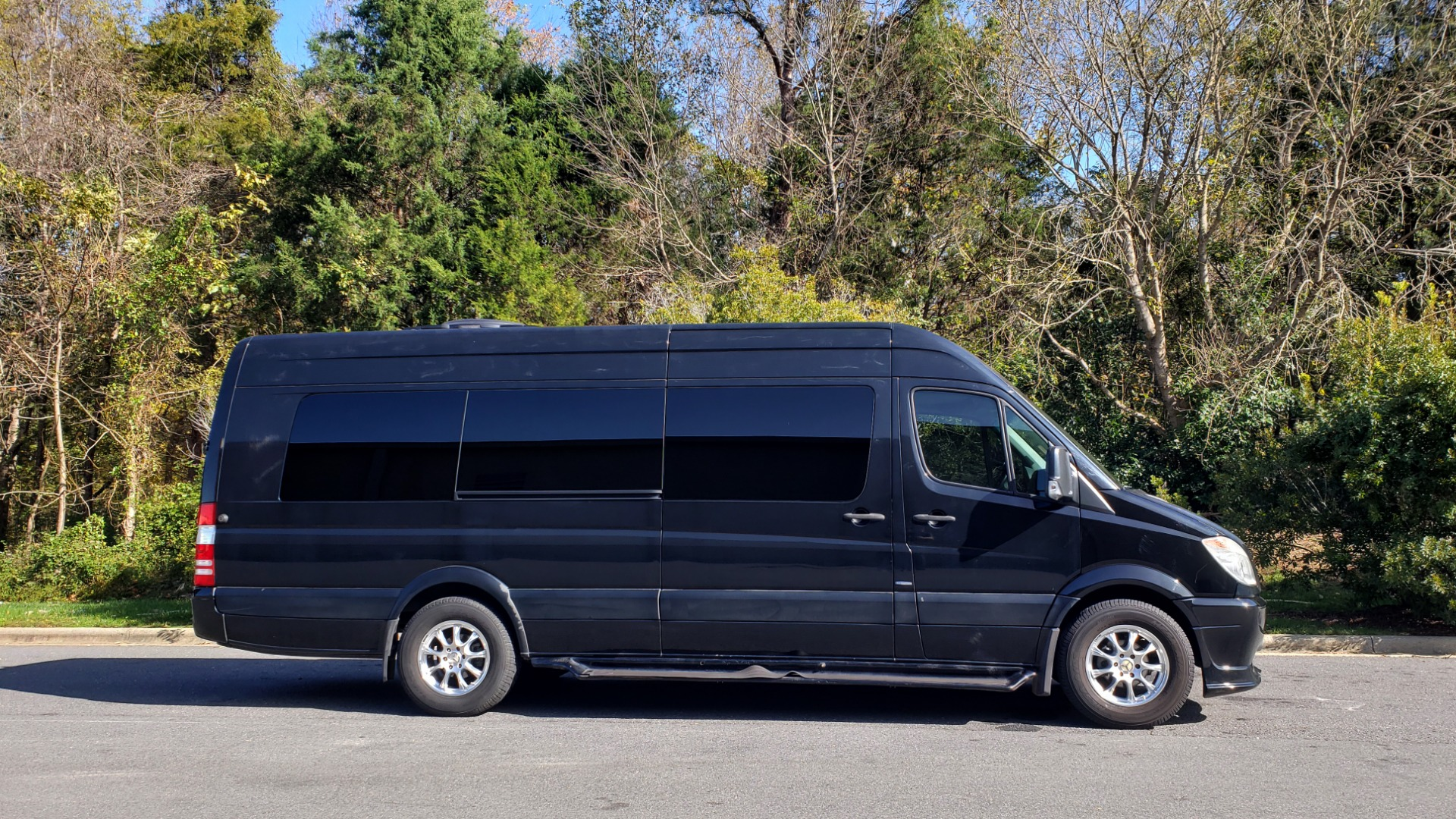 Used 2013 Mercedes-Benz SPRINTER CARGO VAN EXT / OFFICE ON WHEELS / FLT SCREEN TV / LOUNGE for sale Sold at Formula Imports in Charlotte NC 28227 5