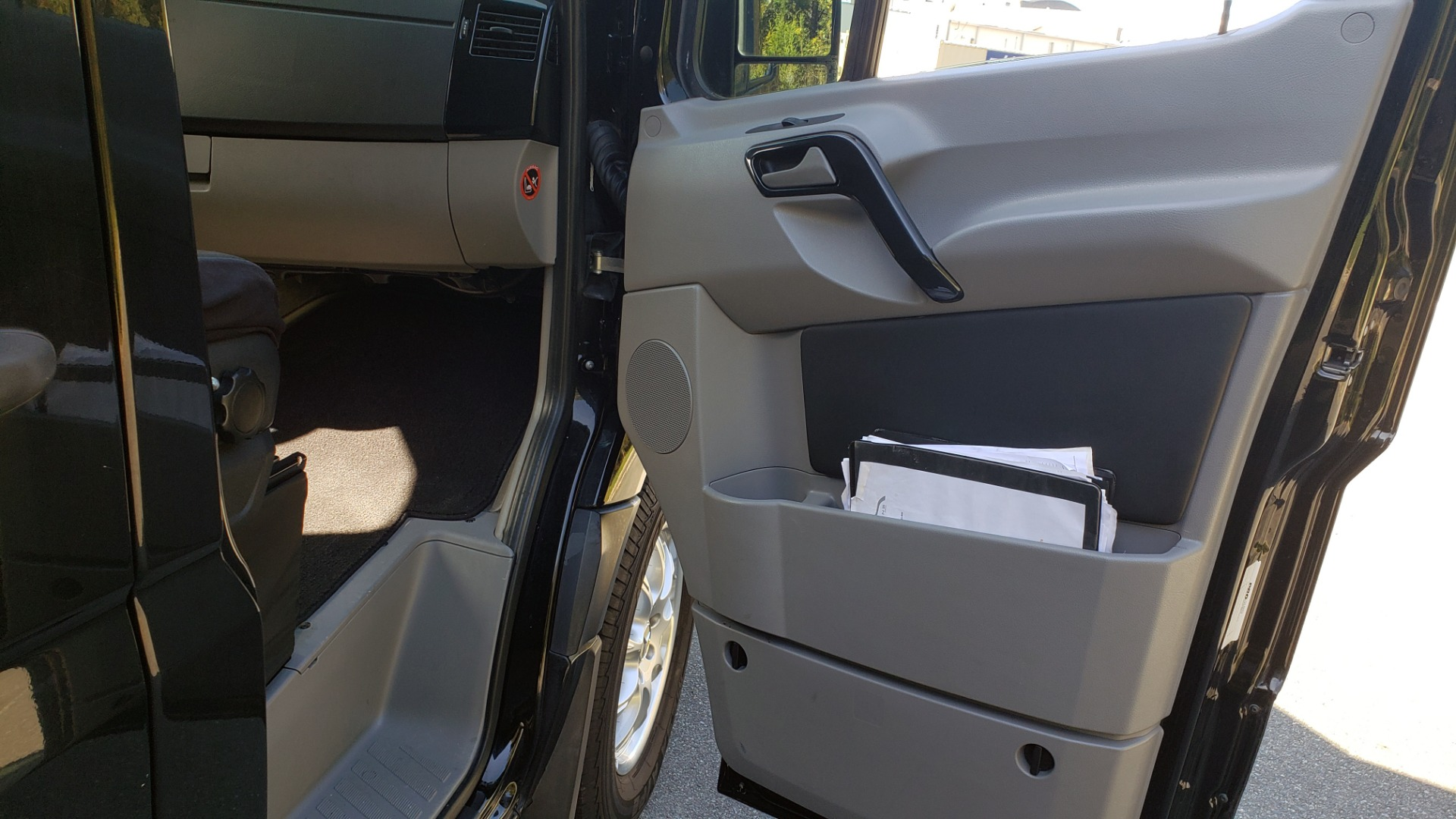 Used 2013 Mercedes-Benz SPRINTER CARGO VAN EXT / OFFICE ON WHEELS / FLT SCREEN TV / LOUNGE for sale Sold at Formula Imports in Charlotte NC 28227 65