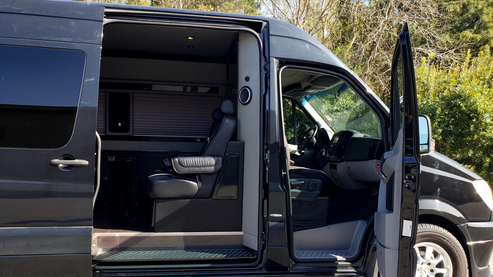 Used 2013 Mercedes-Benz SPRINTER CARGO VAN EXT / OFFICE ON WHEELS / FLT SCREEN TV / LOUNGE for sale Sold at Formula Imports in Charlotte NC 28227 7