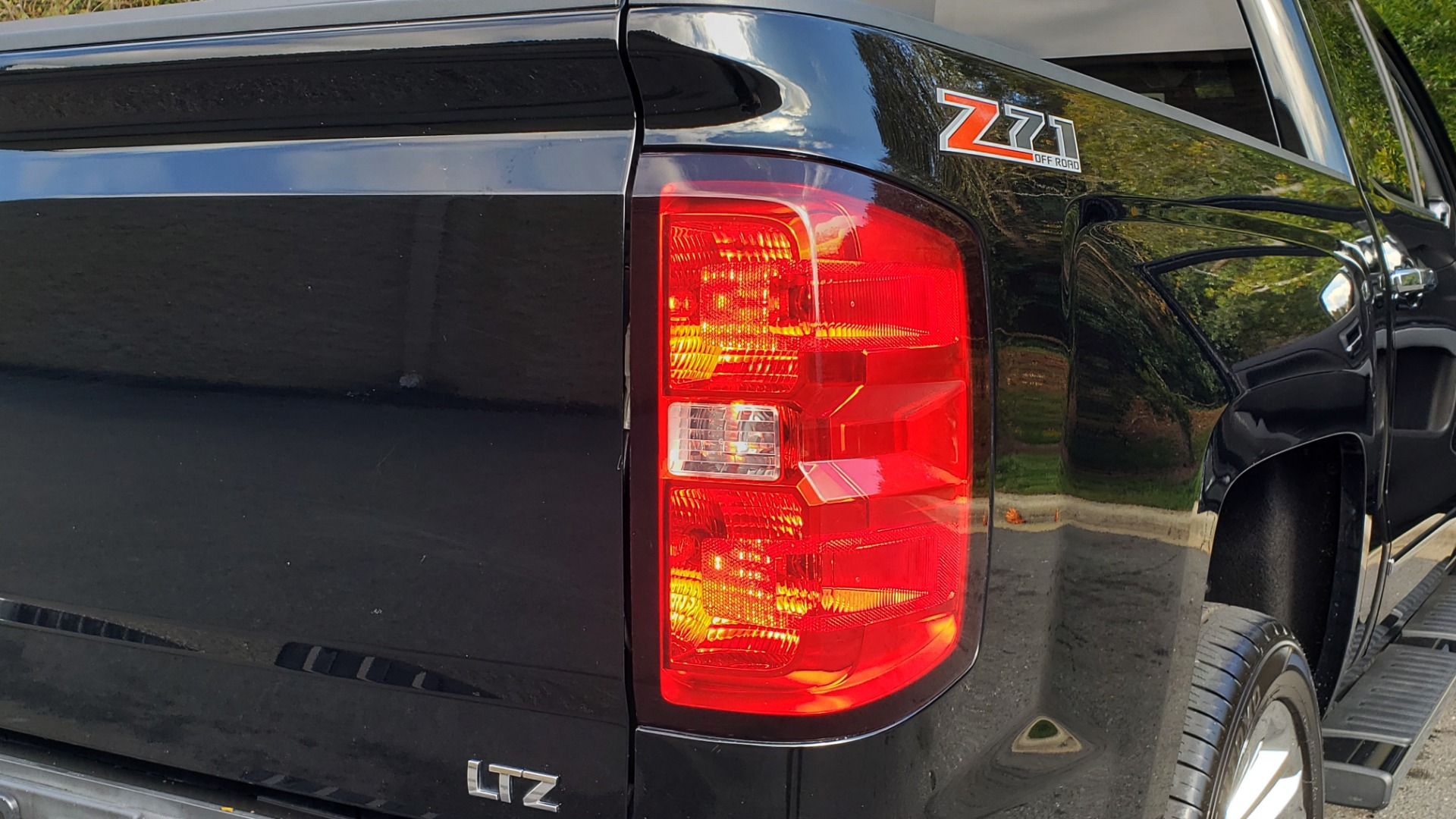 Used 2014 Chevrolet SILVERADO 1500 CREWCAB / LTZ PLUS PKG / 4WD / 2LZ / NAV / BOSE / REARVIEW for sale Sold at Formula Imports in Charlotte NC 28227 24