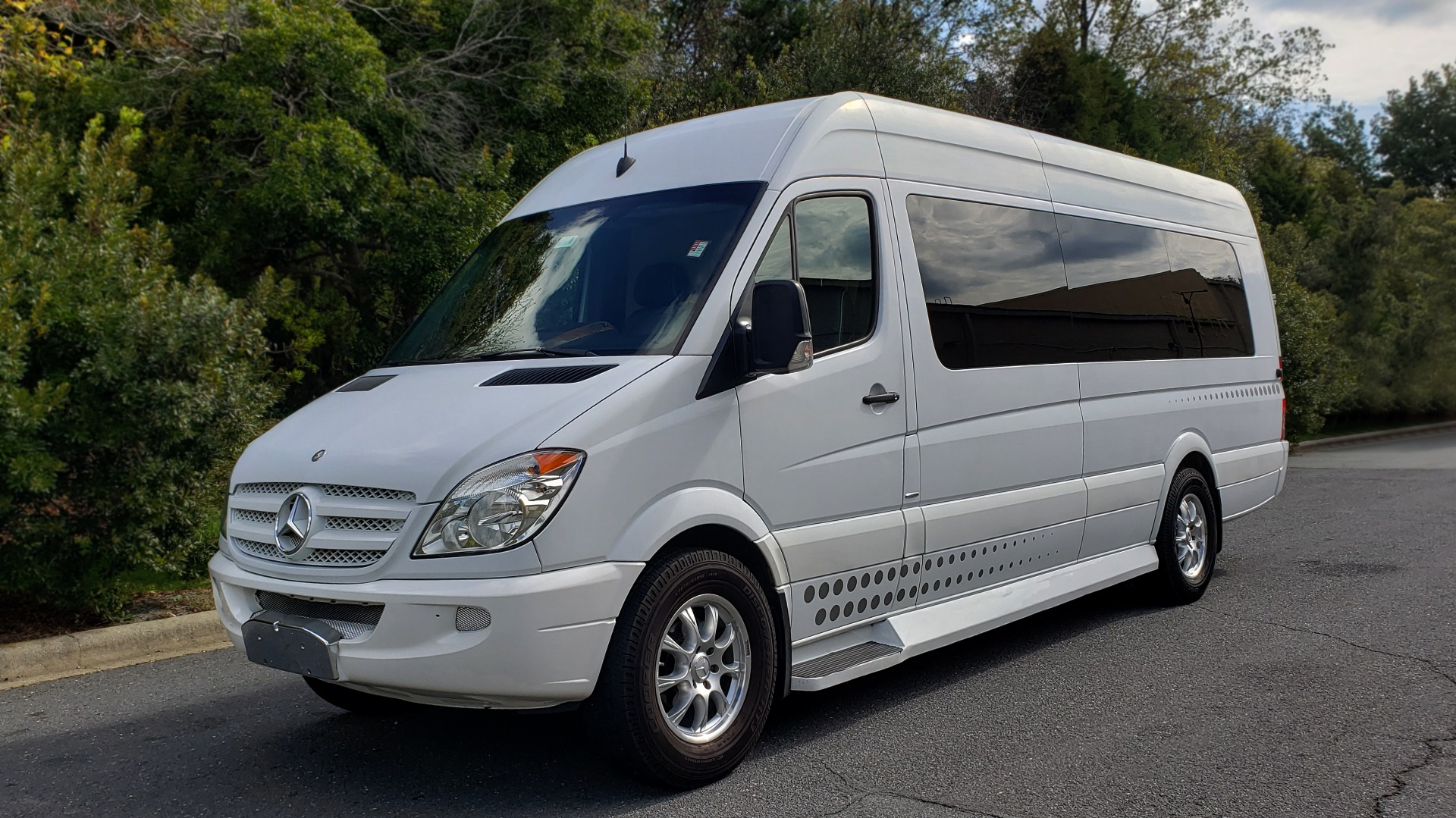 Used 2013 Mercedes-Benz MIDWEST SPRINTER JET VAN EXT 170 / NAV / 3-FLAT SCREEN / TECHNOLOGY / SAT TV for sale Sold at Formula Imports in Charlotte NC 28227 1