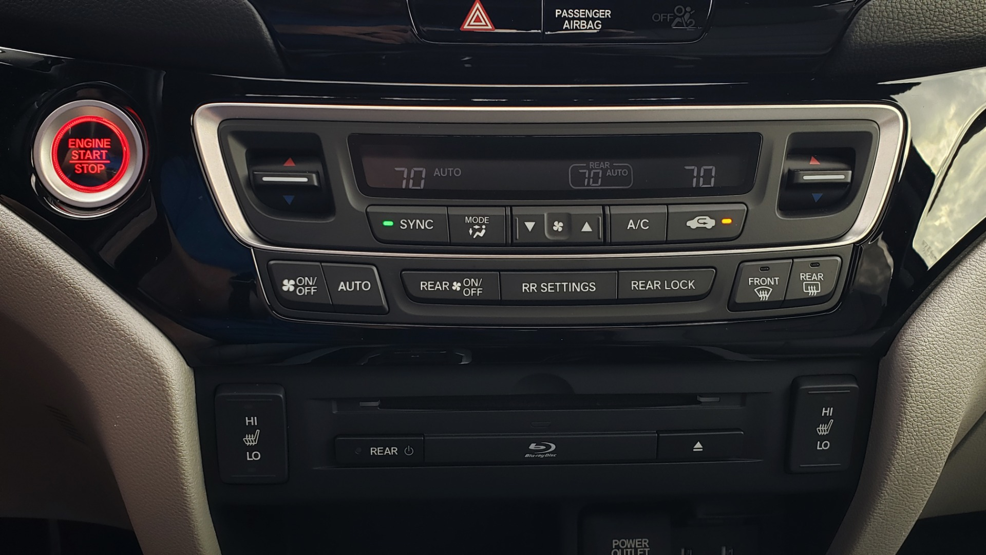 Used 2017 Honda PILOT TOURING 2WD / NAV / SUNROOF / 3-ROW / ENT SYS / REARVIEW for sale Sold at Formula Imports in Charlotte NC 28227 47