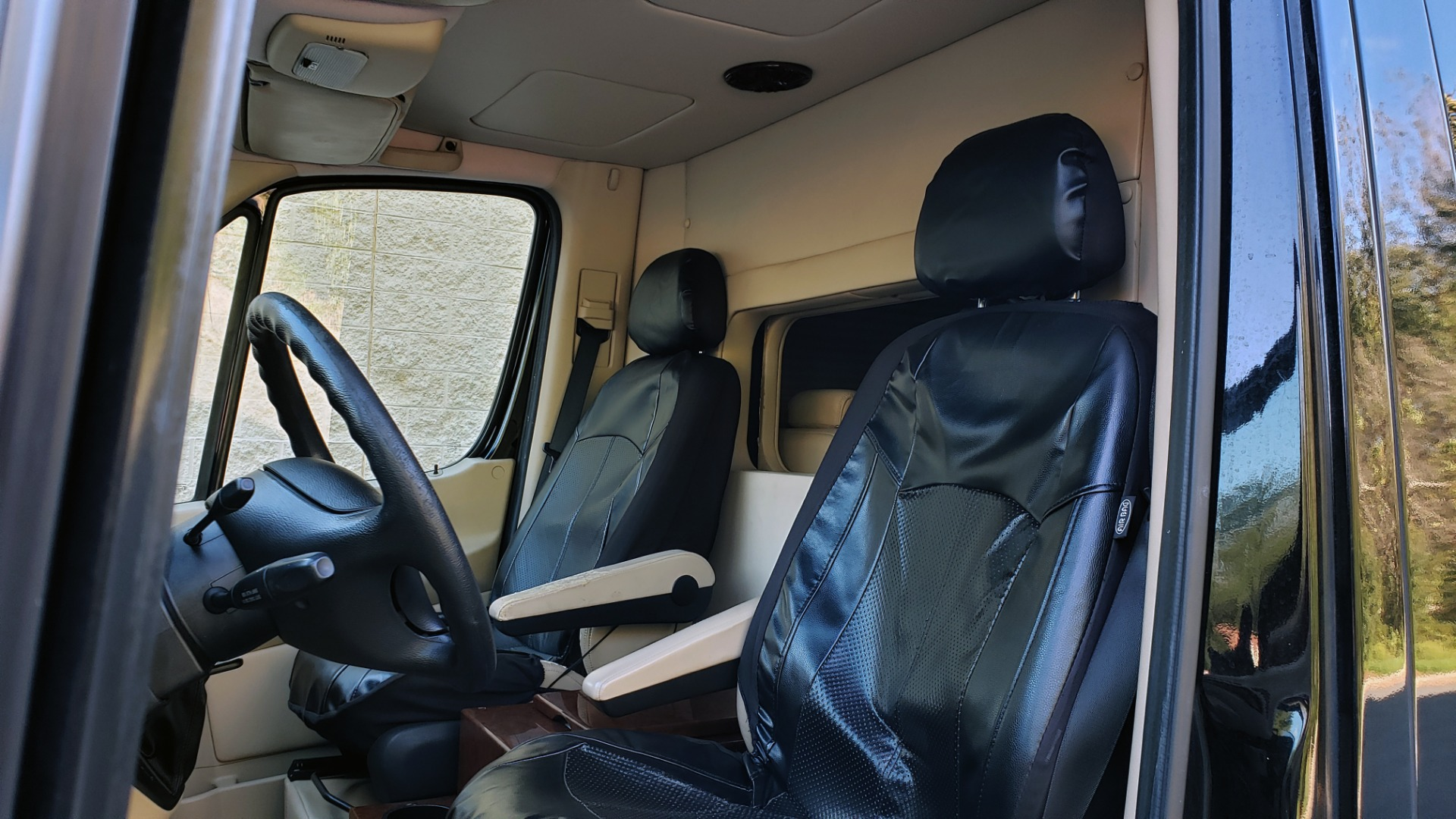 Used 2012 Mercedes-Benz SPRINTER CARGO VAN EXT / OFFICE ON WHEELS / FLT SCREEN TV / LOUNGE for sale Sold at Formula Imports in Charlotte NC 28227 21