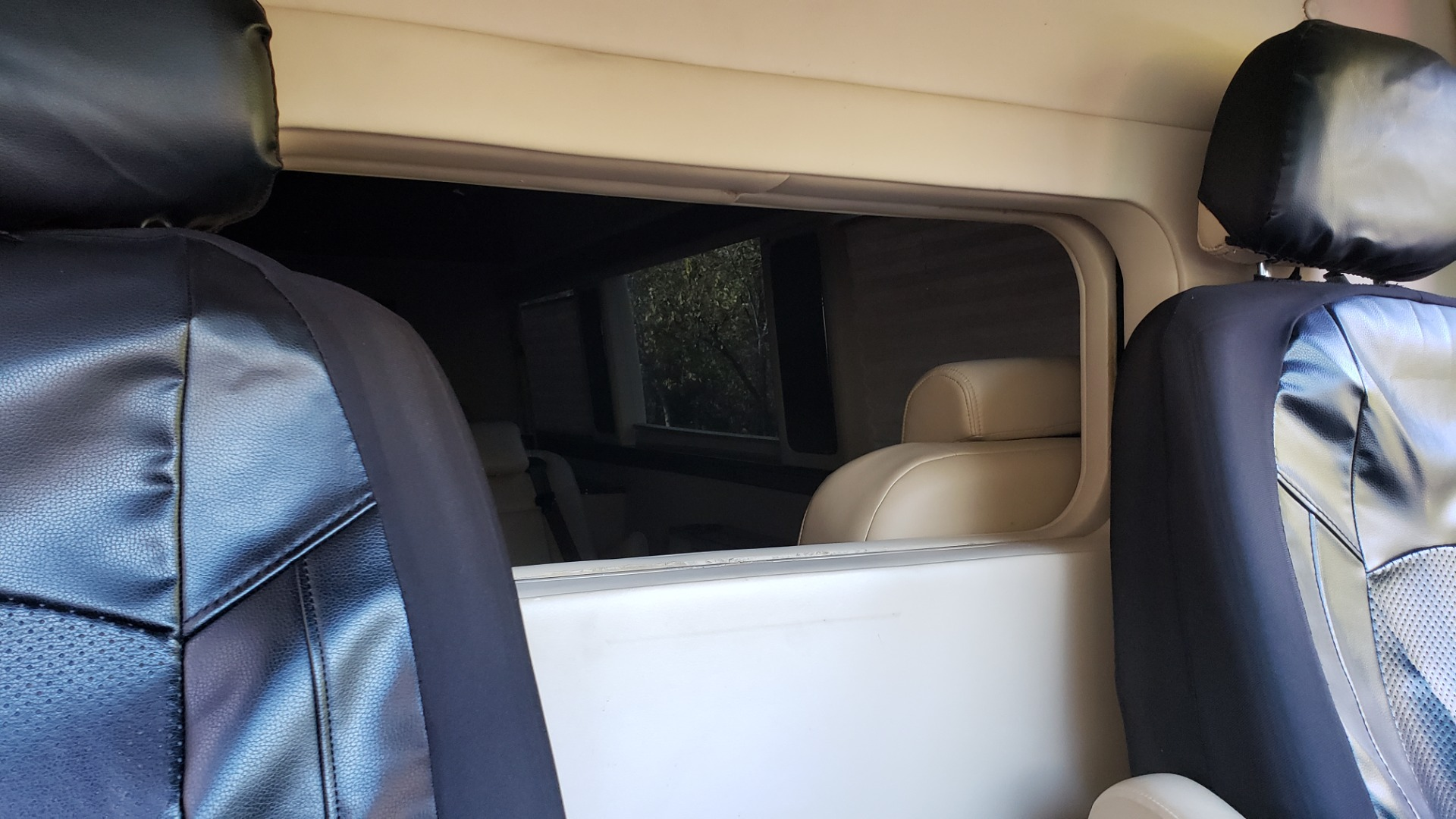 Used 2012 Mercedes-Benz SPRINTER CARGO VAN EXT / OFFICE ON WHEELS / FLT SCREEN TV / LOUNGE for sale Sold at Formula Imports in Charlotte NC 28227 43