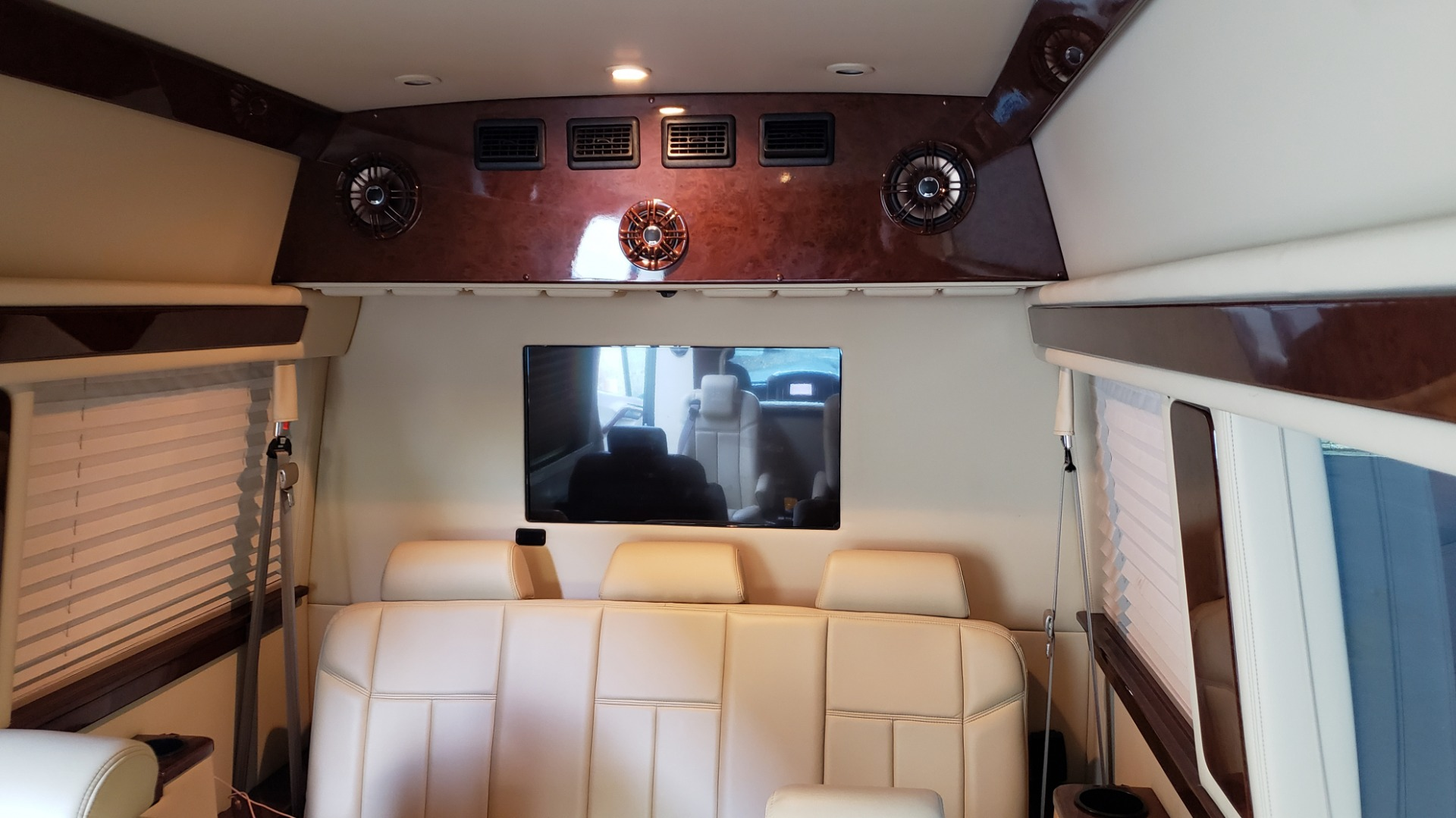 Used 2012 Mercedes-Benz SPRINTER CARGO VAN EXT / OFFICE ON WHEELS / FLT SCREEN TV / LOUNGE for sale Sold at Formula Imports in Charlotte NC 28227 50