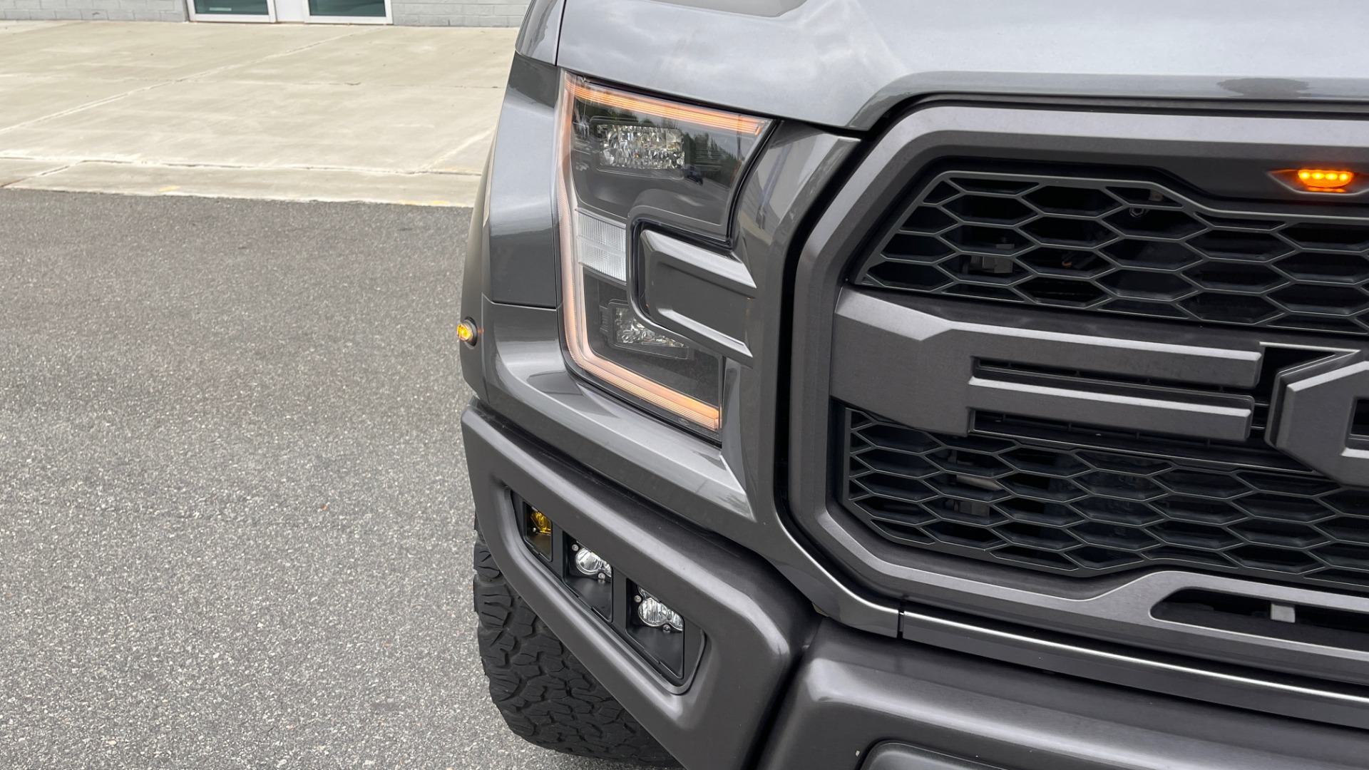 Used 2020 Ford F-150 RAPTOR 4X4 SUPERCREW / NAV / B&O SOUND / SUNROOF / REARVIEW for sale $74,900 at Formula Imports in Charlotte NC 28227 10
