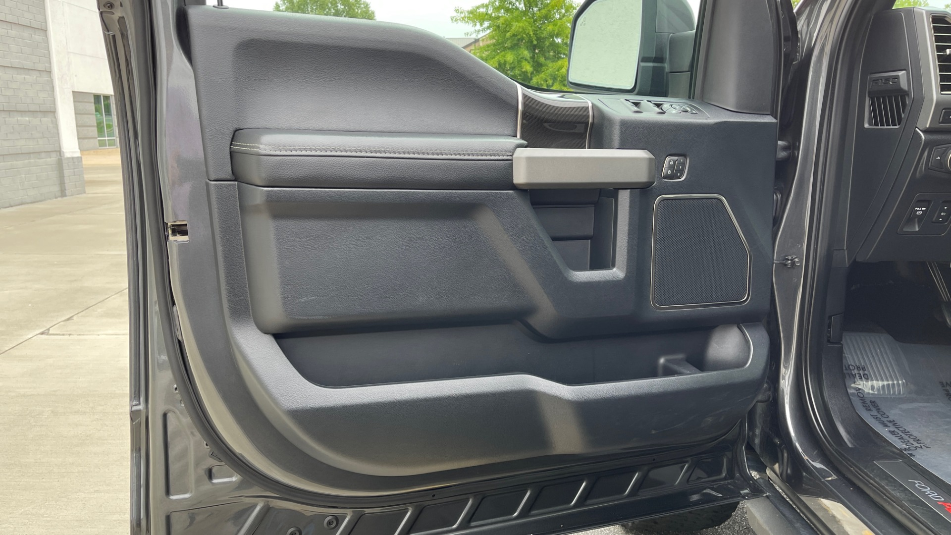 Used 2020 Ford F-150 RAPTOR 4X4 SUPERCREW / NAV / B&O SOUND / SUNROOF / REARVIEW for sale $74,900 at Formula Imports in Charlotte NC 28227 28