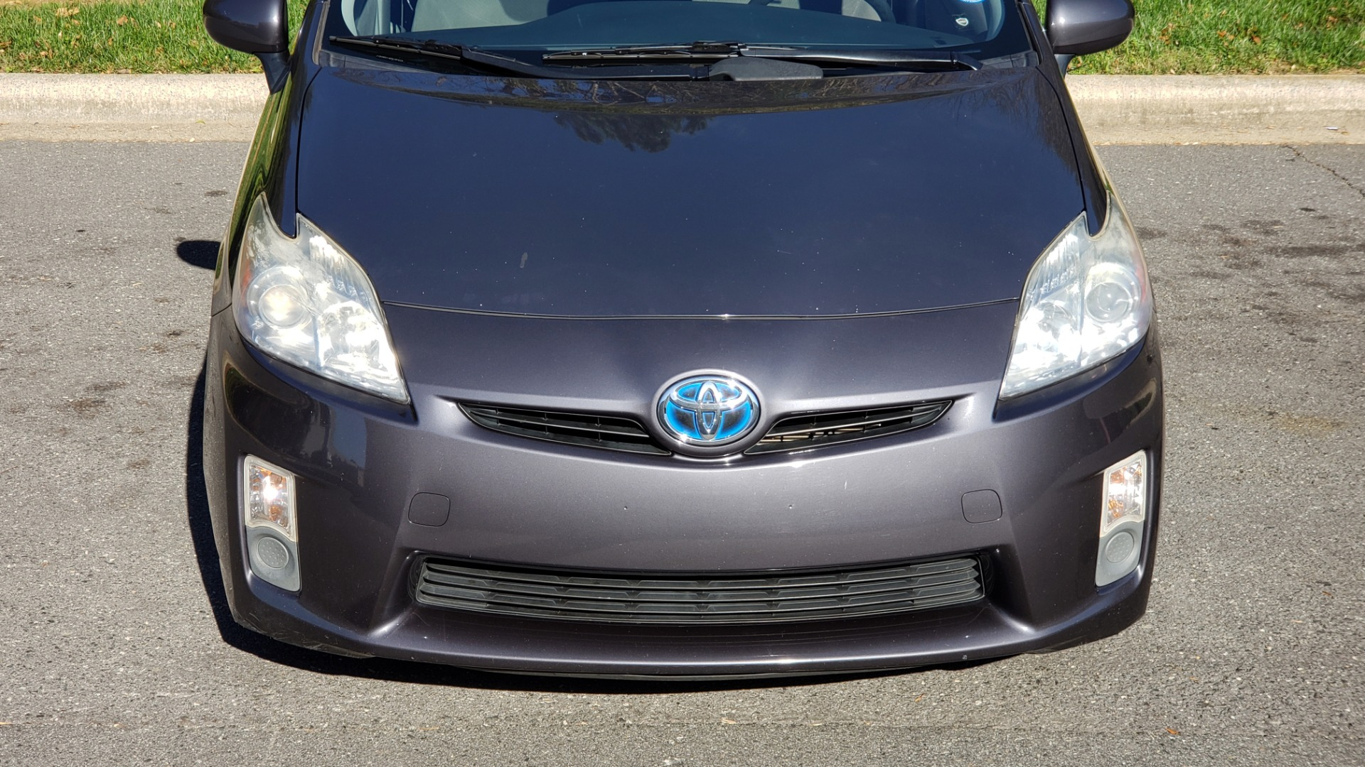 Used 2011 Toyota PRIUS ONE / HYBRID / 5-DOOR / HATCHBACK / 50MPG for sale Sold at Formula Imports in Charlotte NC 28227 22