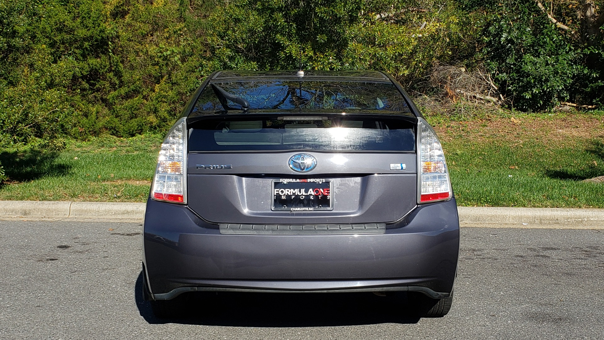 Used 2011 Toyota PRIUS ONE / HYBRID / 5-DOOR / HATCHBACK / 50MPG for sale Sold at Formula Imports in Charlotte NC 28227 27