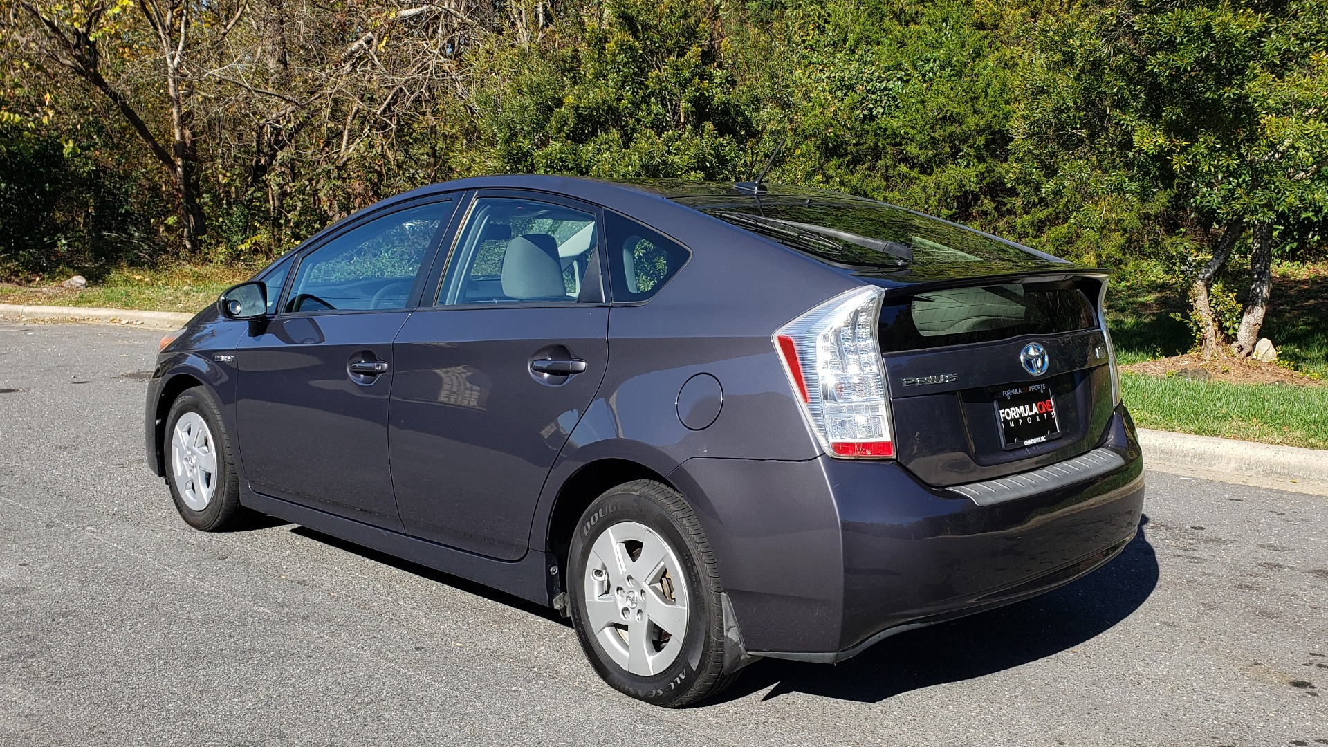 Used 2011 Toyota PRIUS ONE / HYBRID / 5-DOOR / HATCHBACK / 50MPG for sale Sold at Formula Imports in Charlotte NC 28227 3
