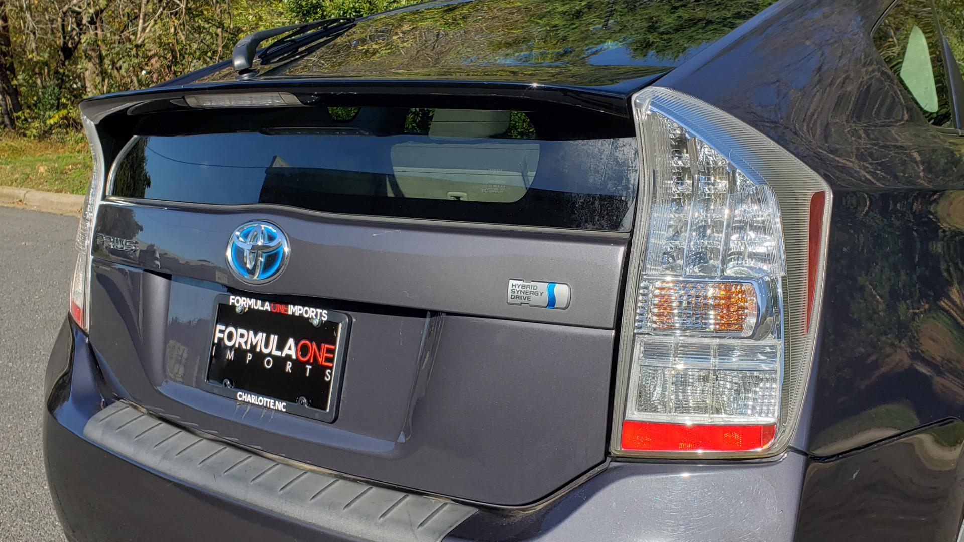 Used 2011 Toyota PRIUS ONE / HYBRID / 5-DOOR / HATCHBACK / 50MPG for sale Sold at Formula Imports in Charlotte NC 28227 30