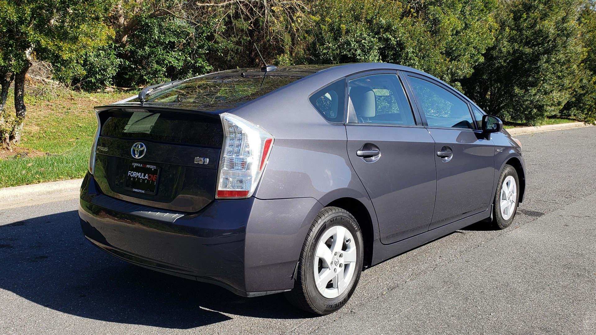 Used 2011 Toyota PRIUS ONE / HYBRID / 5-DOOR / HATCHBACK / 50MPG for sale Sold at Formula Imports in Charlotte NC 28227 6