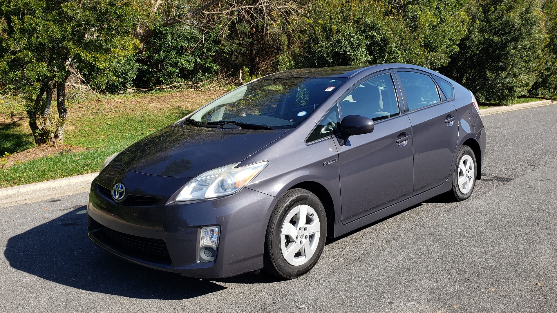 Used 2011 Toyota PRIUS ONE / HYBRID / 5-DOOR / HATCHBACK / 50MPG for sale Sold at Formula Imports in Charlotte NC 28227 1