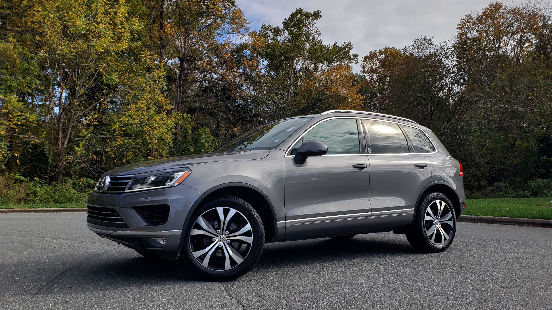 Used 2017 Volkswagen TOUAREG V6 WOLFSBURG EDITION / NAV / PANO-ROOF / ACC / REARVIEW for sale Sold at Formula Imports in Charlotte NC 28227 2