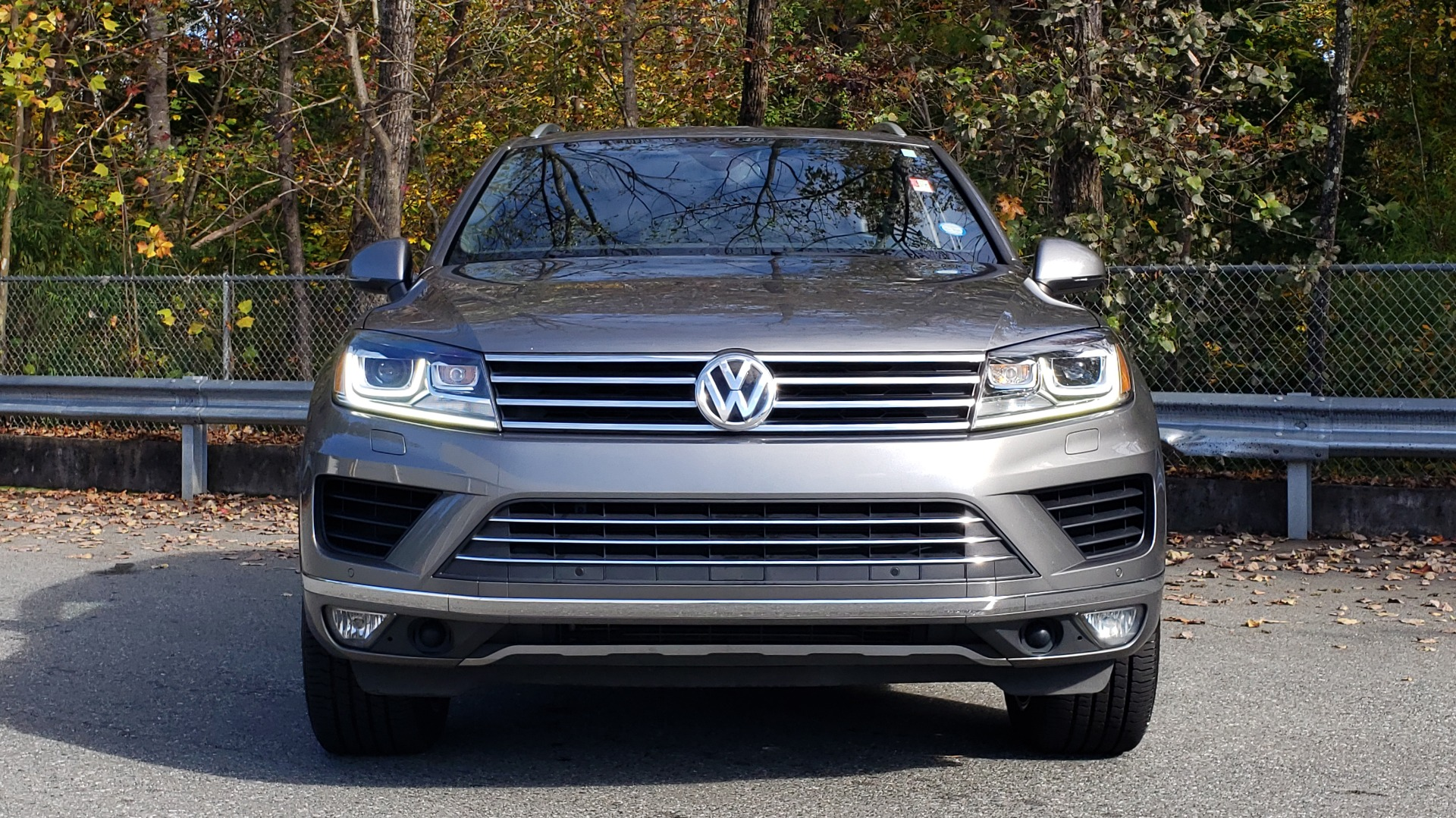 Used 2017 Volkswagen TOUAREG V6 WOLFSBURG EDITION / NAV / PANO-ROOF / ACC / REARVIEW for sale Sold at Formula Imports in Charlotte NC 28227 29