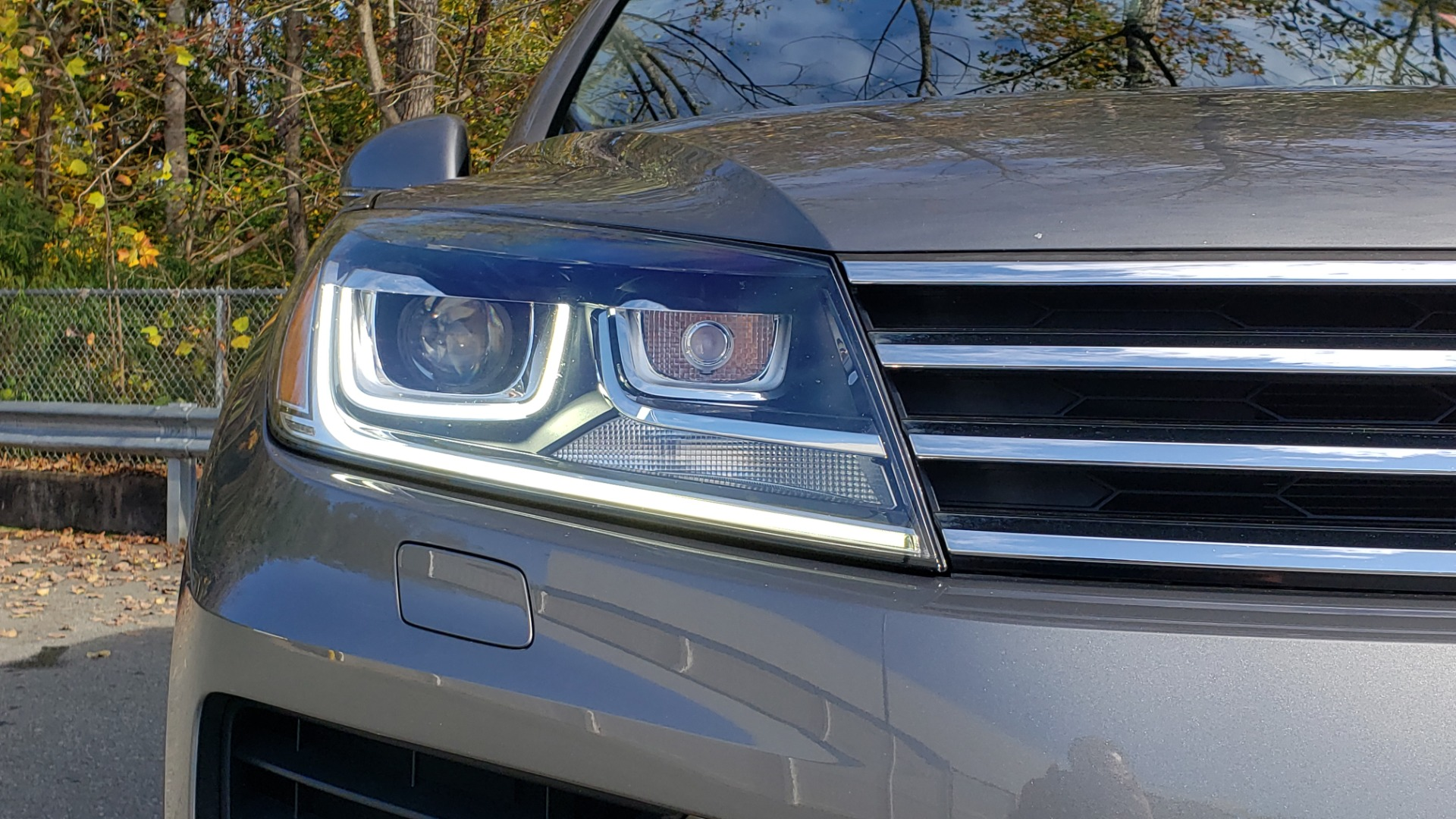 Used 2017 Volkswagen TOUAREG V6 WOLFSBURG EDITION / NAV / PANO-ROOF / ACC / REARVIEW for sale Sold at Formula Imports in Charlotte NC 28227 30