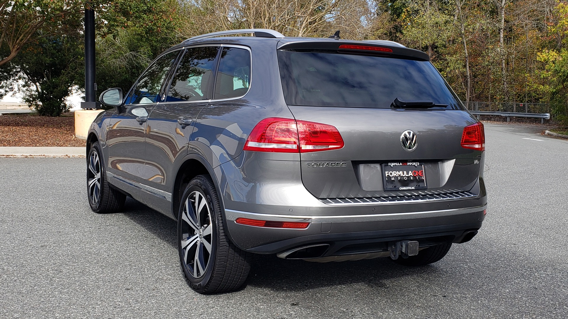Used 2017 Volkswagen TOUAREG V6 WOLFSBURG EDITION / NAV / PANO-ROOF / ACC / REARVIEW for sale Sold at Formula Imports in Charlotte NC 28227 4