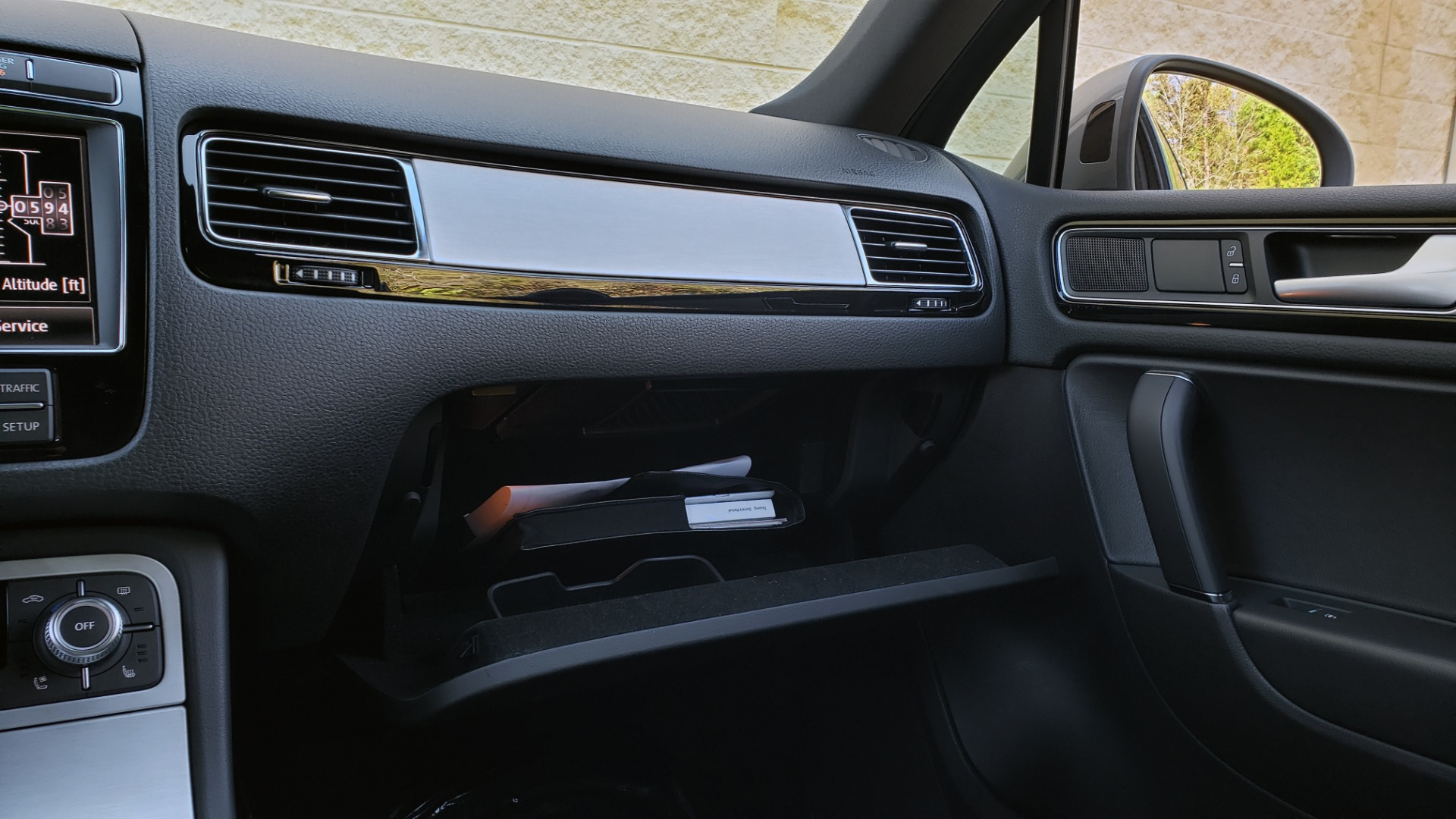 Used 2017 Volkswagen TOUAREG V6 WOLFSBURG EDITION / NAV / PANO-ROOF / ACC / REARVIEW for sale Sold at Formula Imports in Charlotte NC 28227 59