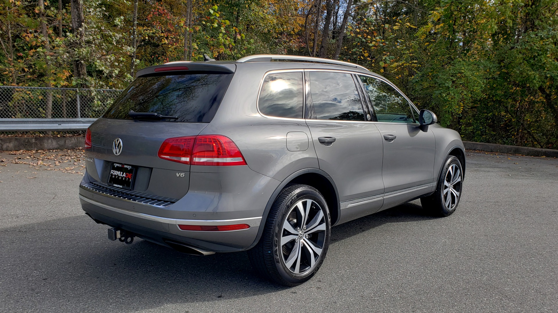 Used 2017 Volkswagen TOUAREG V6 WOLFSBURG EDITION / NAV / PANO-ROOF / ACC / REARVIEW for sale Sold at Formula Imports in Charlotte NC 28227 7