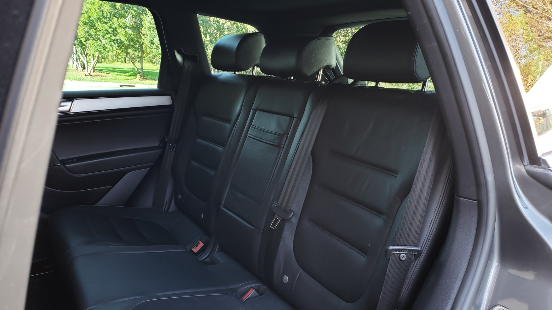 Used 2017 Volkswagen TOUAREG V6 WOLFSBURG EDITION / NAV / PANO-ROOF / ACC / REARVIEW for sale Sold at Formula Imports in Charlotte NC 28227 71