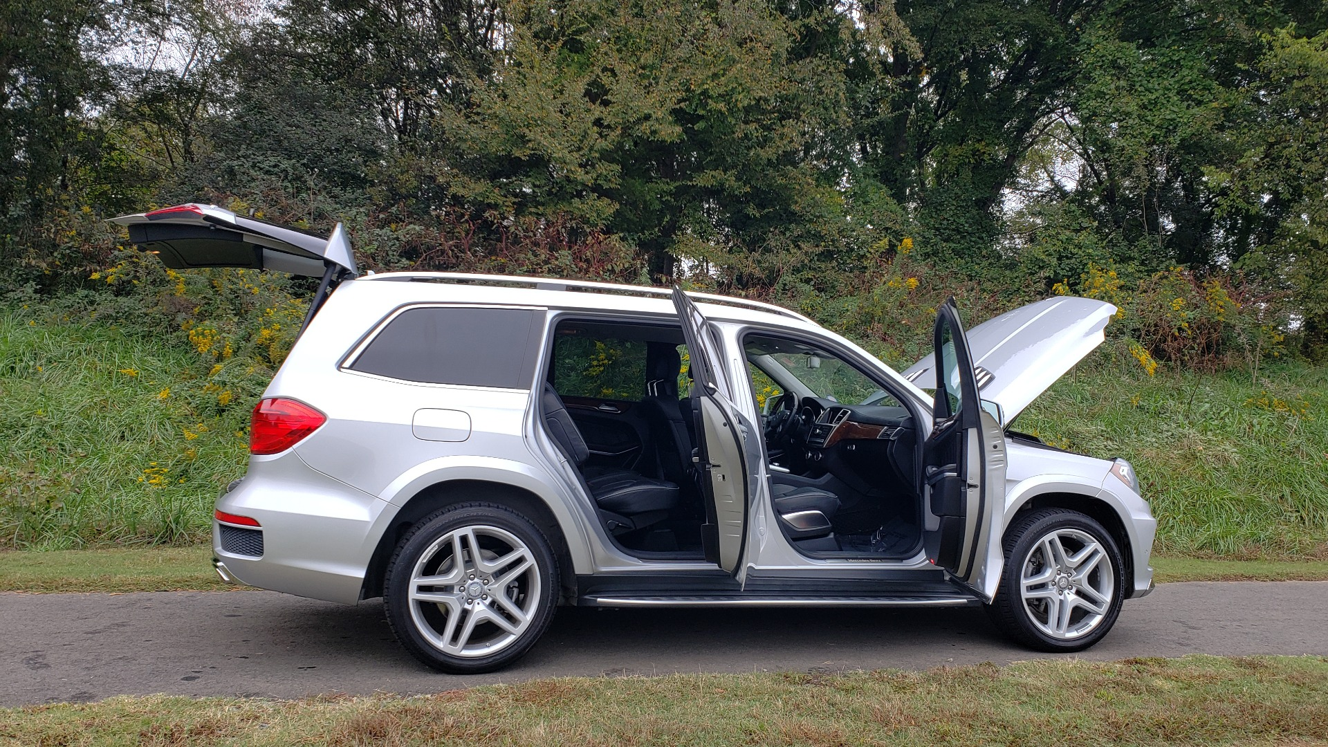 Used 2014 Mercedes-Benz GL-CLASS GL 550 4MATIC / DRVR ASST / NAV / PANO-ROOF / 3-ROWS for sale Sold at Formula Imports in Charlotte NC 28227 36