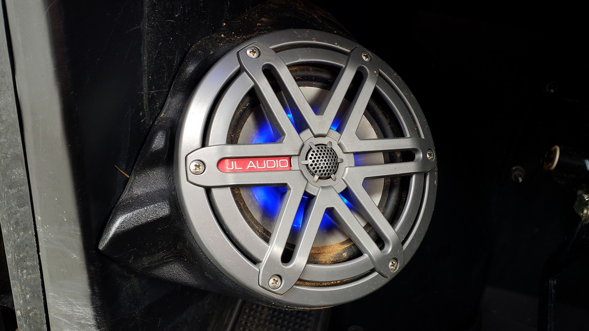 Used 2018 Polaris GENERAL 4 1000 EPS / 4-SEATER / TILT BED / LED LIGHT BARS / BACK-UP CAMERA for sale Sold at Formula Imports in Charlotte NC 28227 21