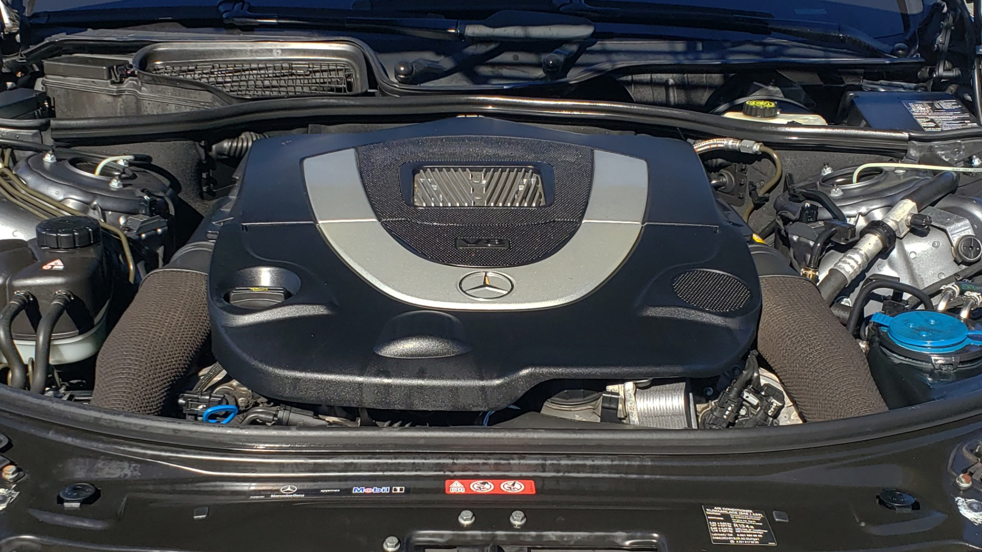 Used 2007 Mercedes-Benz S-CLASS S550 5.5L V8 / LWB / PREM 2 / NAV / SUNROOF / KEYLESS-GO for sale Sold at Formula Imports in Charlotte NC 28227 13